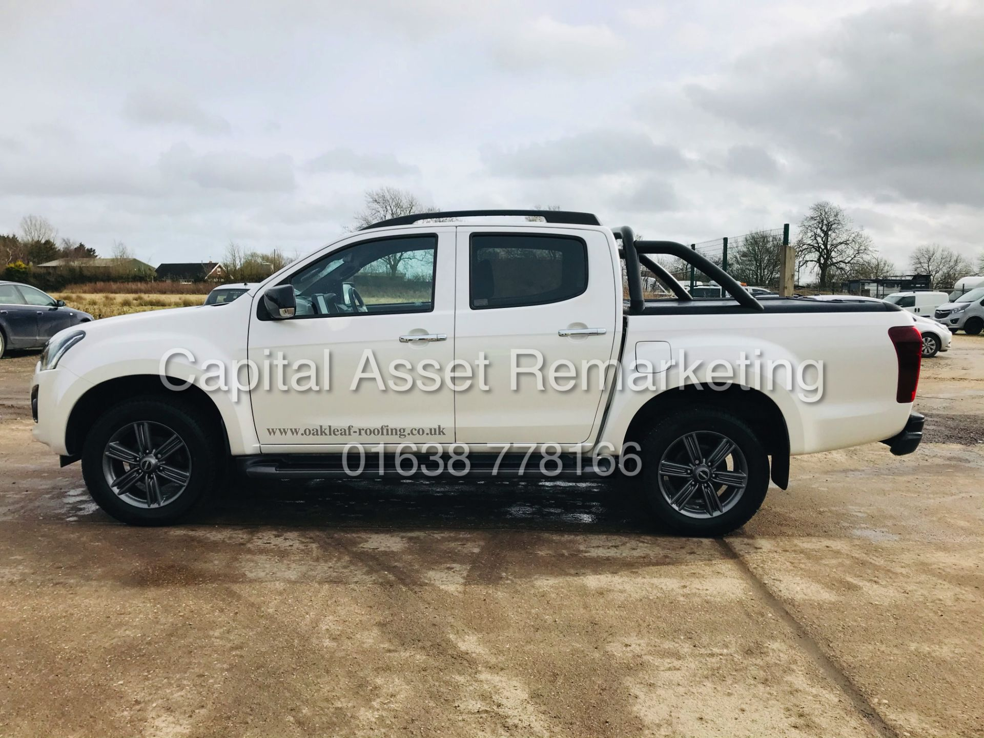 "(On Sale) ISUZU D-MAX ""BLADE"" AUTO - 1 OWNER (2019 - EURO 6) LEATHER - SAT NAV *TOP SPEC* - Image 8 of 34"
