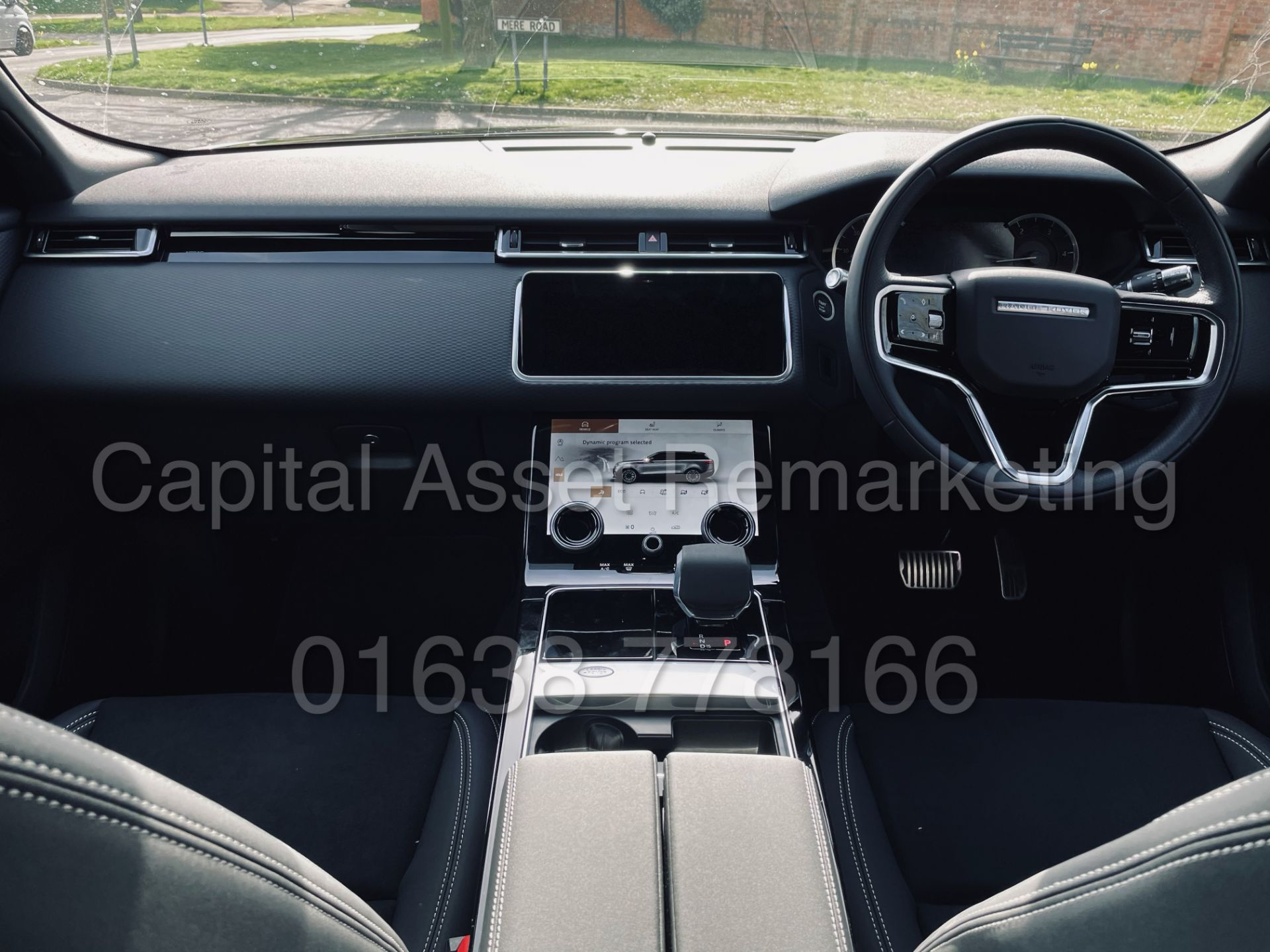 (On Sale) RANGE ROVER VELAR *R-DYNAMIC* SUV (2021) *8 SPEED AUTO - LEATHER* (DELIVERY MILES) - Image 32 of 50