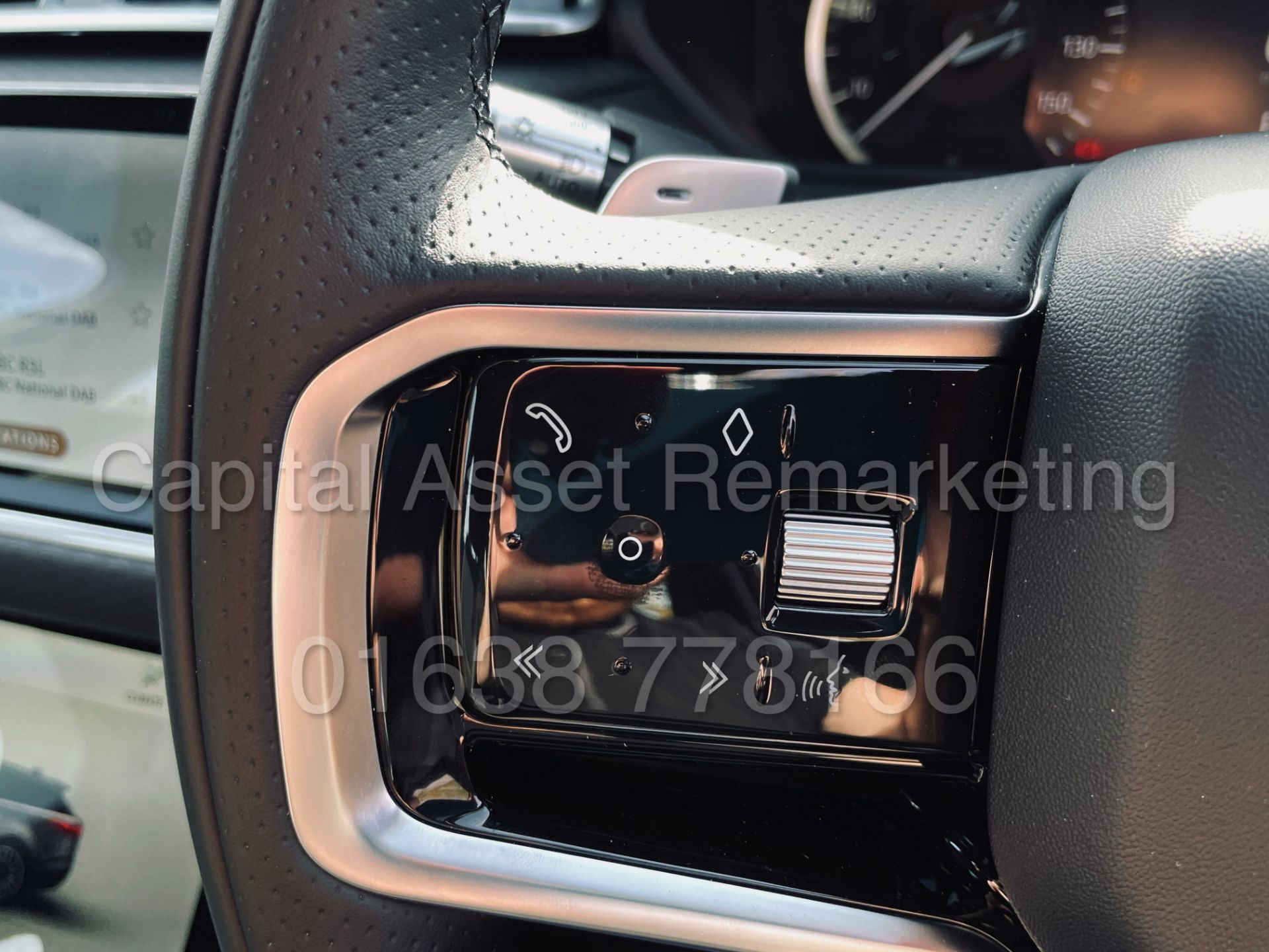 (On Sale) RANGE ROVER VELAR *R-DYNAMIC* SUV (2021) *8 SPEED AUTO - LEATHER* (DELIVERY MILES) - Image 47 of 50