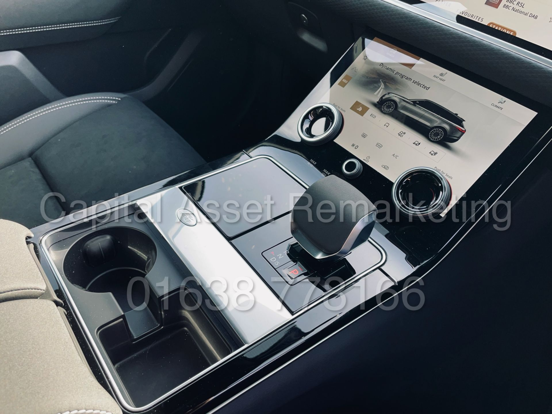 (On Sale) RANGE ROVER VELAR *R-DYNAMIC* SUV (2021) *8 SPEED AUTO - LEATHER* (DELIVERY MILES) - Image 45 of 50