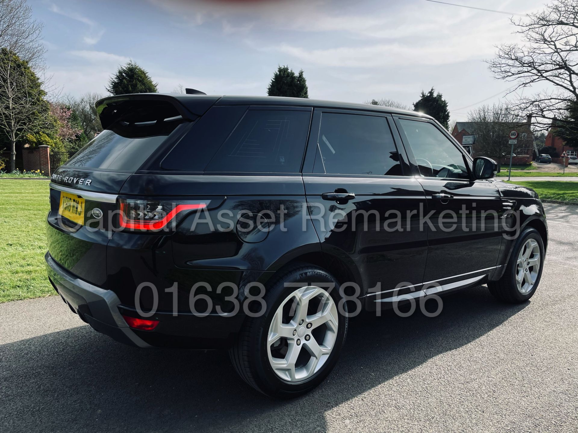 (On Sale) RANGE ROVER SPORT *HSE EDITION* SUV (2018 - NEW MODEL) '8 SPEED AUTO' *FULLY LOADED* - Image 13 of 55
