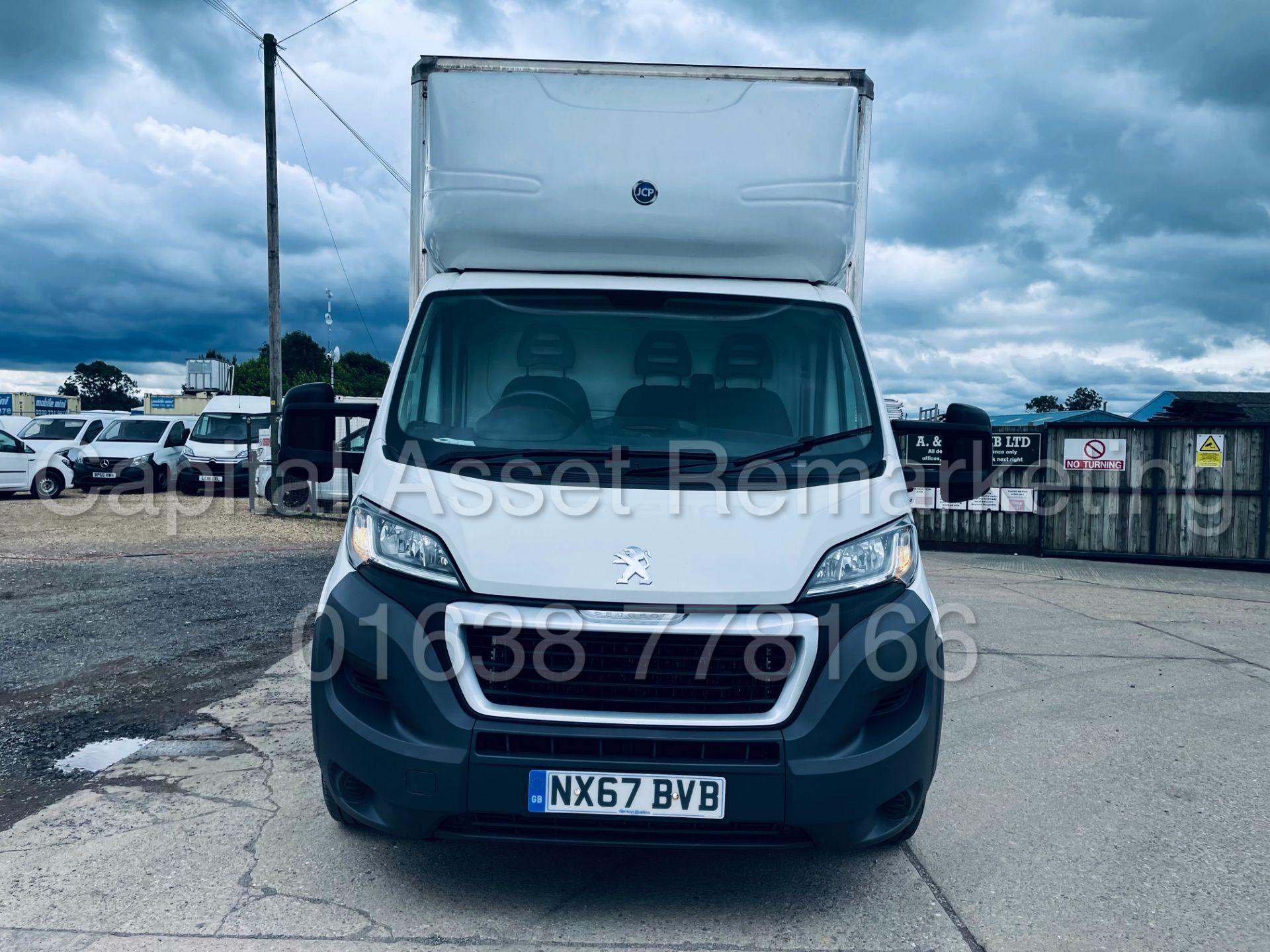 PEUGEOT BOXER *LWB - LOW LOADER / LUTON BOX VAN* (2018 - EURO 6) '2.0 BLUE HDI - 6 SPEED' *U-LEZ* - Image 14 of 41