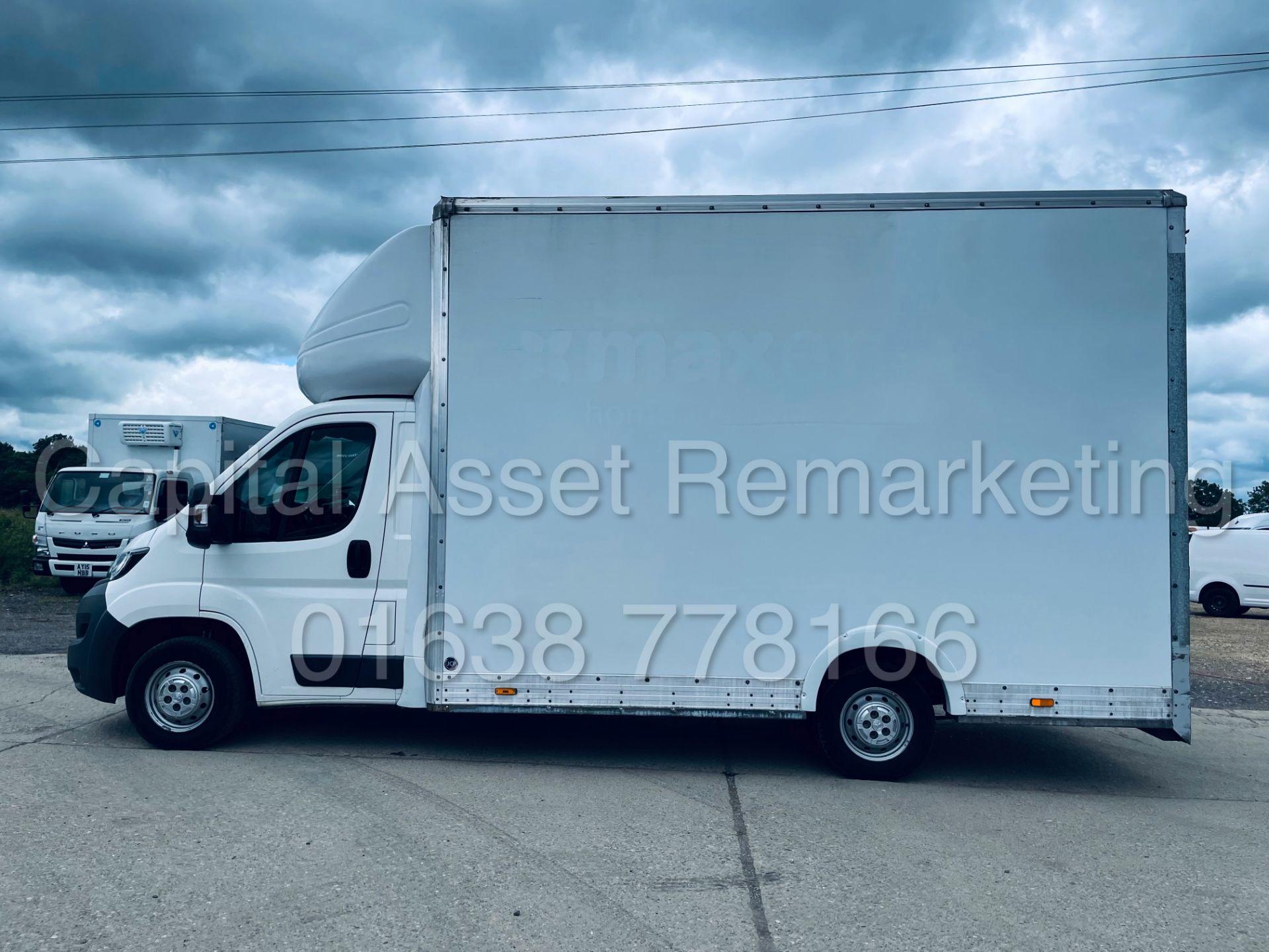 PEUGEOT BOXER *LWB - LOW LOADER / LUTON BOX VAN* (2018 - EURO 6) '2.0 BLUE HDI - 6 SPEED' *U-LEZ* - Image 4 of 41