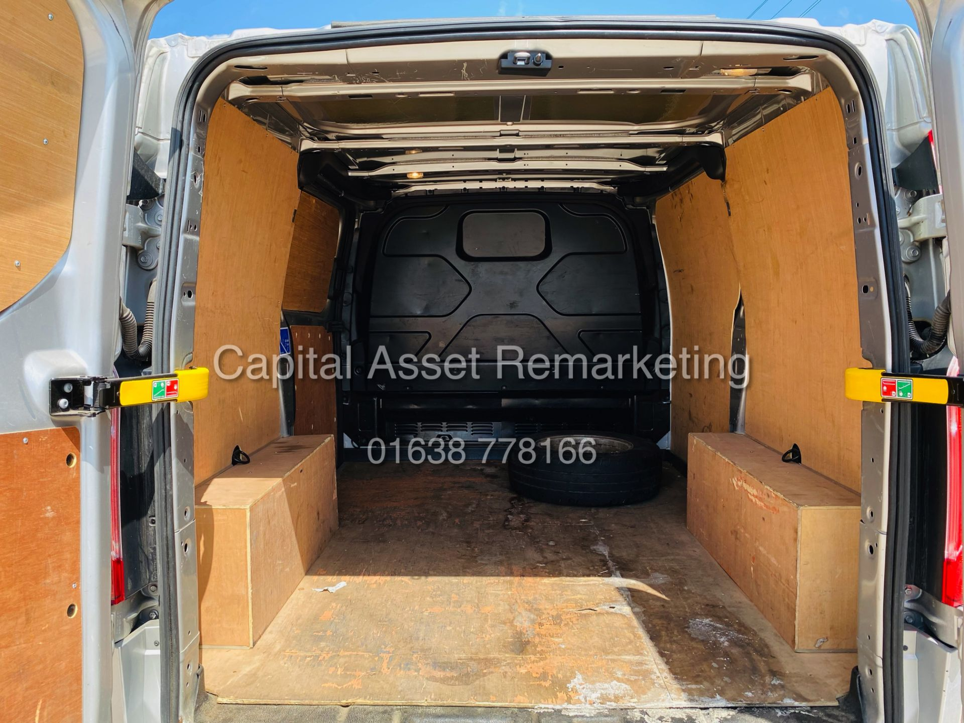 """FORD TRANSIT CUSTOM 2.0TDCI """"LIMITED"""" 300 (19 REG) AIR CON - 1 OWNER - EURO 6 - CRUISE - ELEC PACK - Image 22 of 22"""