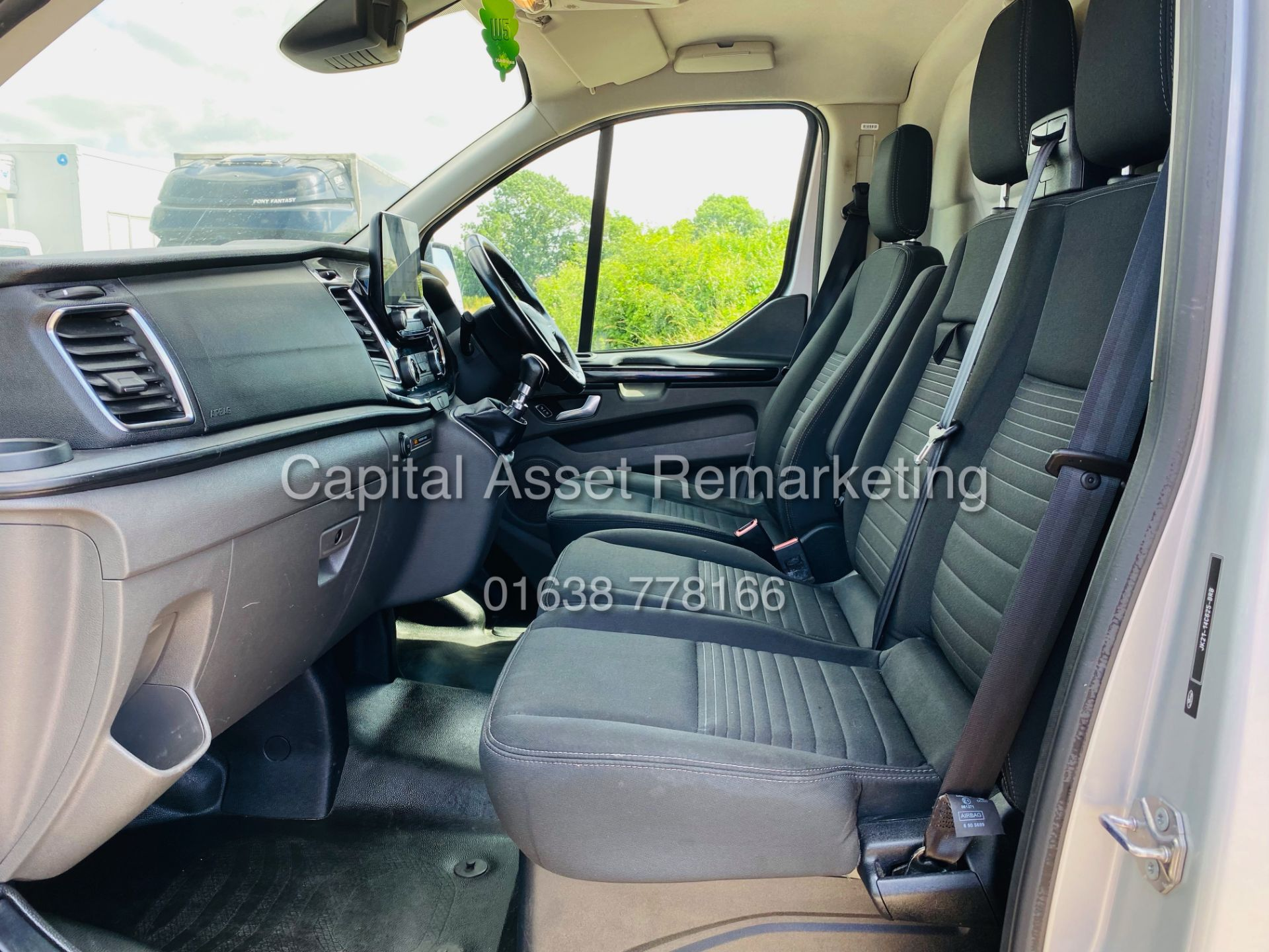 """FORD TRANSIT CUSTOM 2.0TDCI """"LIMITED"""" 300 (19 REG) AIR CON - 1 OWNER - EURO 6 - CRUISE - ELEC PACK - Image 19 of 22"""