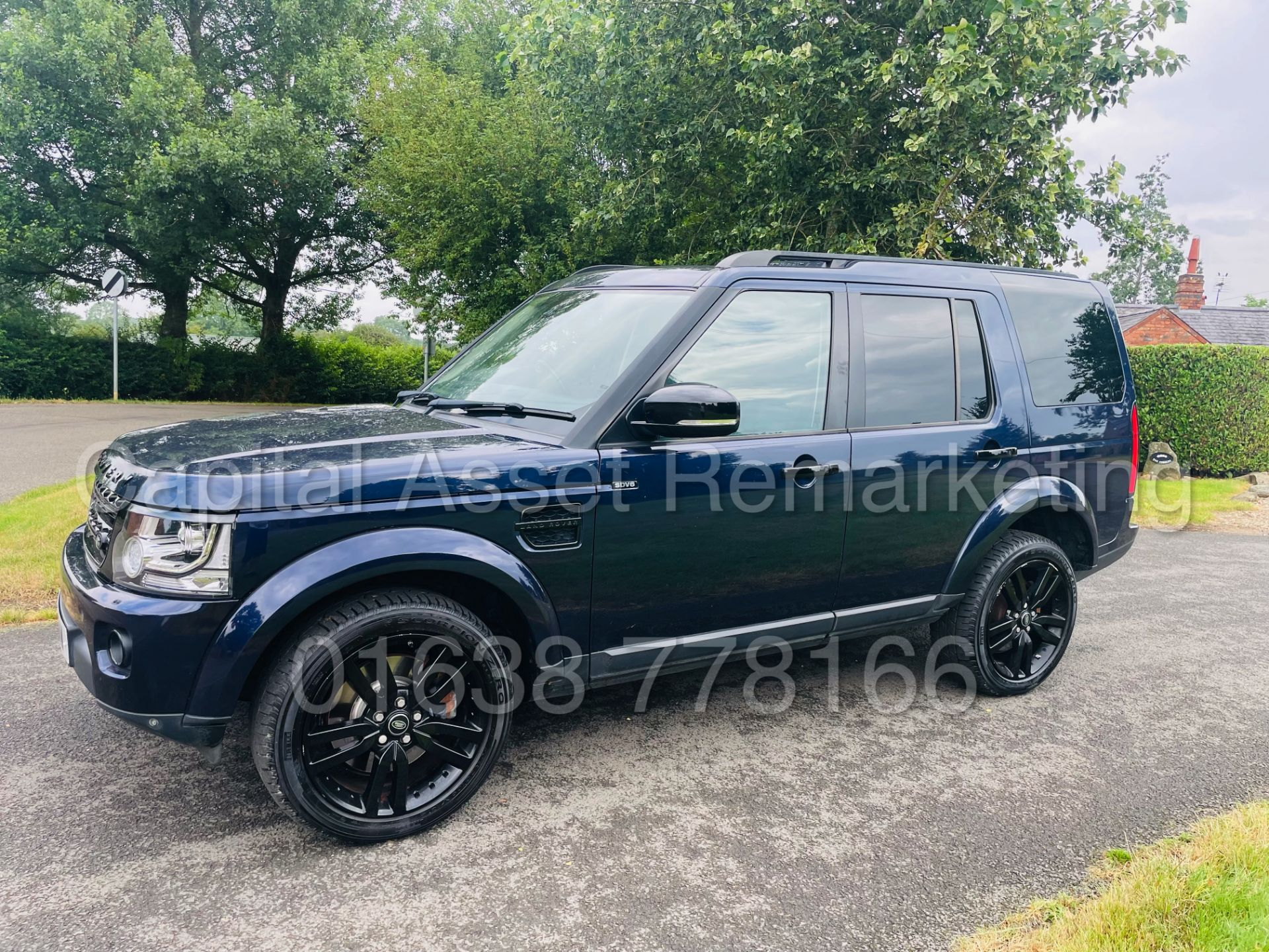 LAND ROVER DISCOVERY 4 *HSE* 7 SEATER SUV (2014 - NEW MODEL) '3.0 SDV6 - 255 BHP - 8 SPEED AUTO' - Image 7 of 61