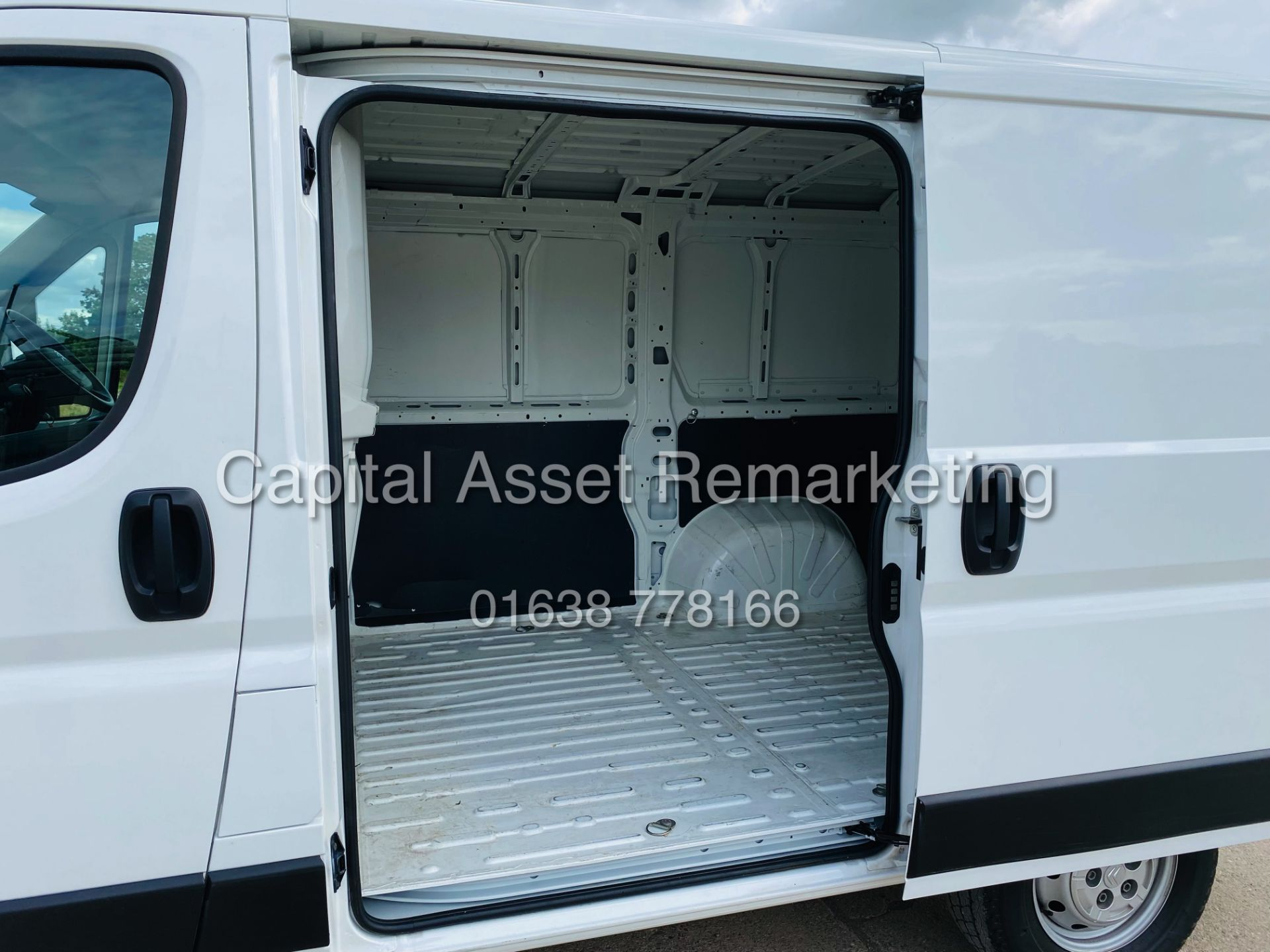 """ON SALE CITROEN RELAY 2.0 BLUE-HDI """"ENTERPRISE"""" L1H1 (2019 MODEL) AIR CON 6882 MILES ON THE CLOCK - Image 27 of 28"""