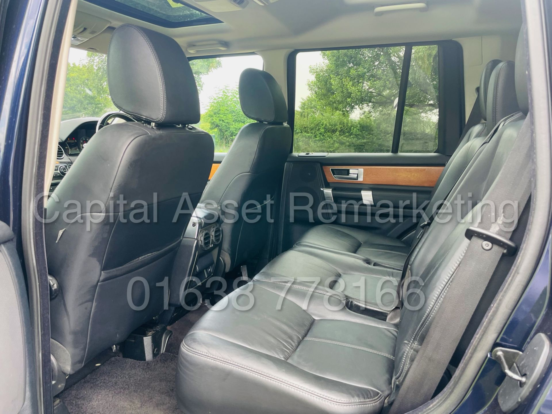 LAND ROVER DISCOVERY 4 *HSE* 7 SEATER SUV (2014 - NEW MODEL) '3.0 SDV6 - 255 BHP - 8 SPEED AUTO' - Image 27 of 61