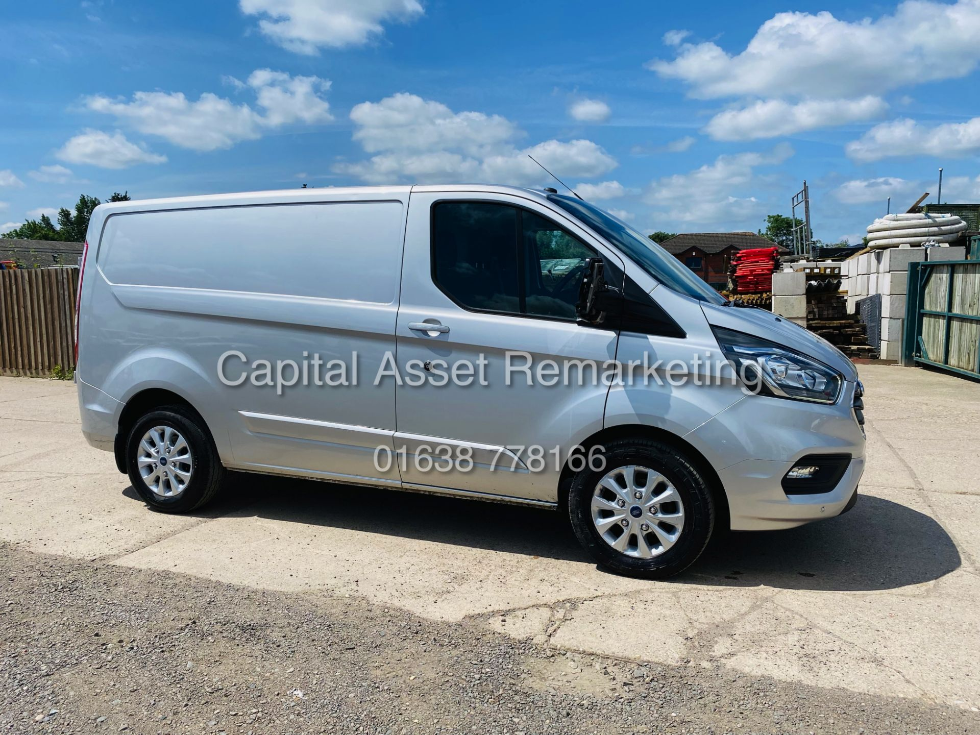 """FORD TRANSIT CUSTOM 2.0TDCI """"LIMITED"""" 300 (19 REG) AIR CON - 1 OWNER - EURO 6 - CRUISE - ELEC PACK"""