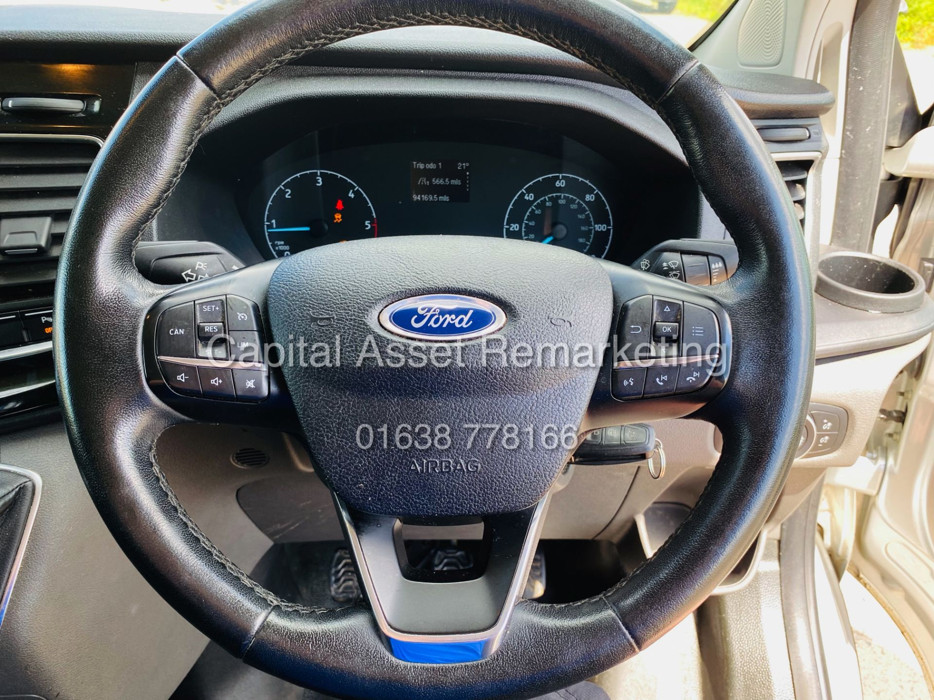 """FORD TRANSIT CUSTOM 2.0TDCI """"LIMITED"""" 300 (19 REG) AIR CON - 1 OWNER - EURO 6 - CRUISE - ELEC PACK - Image 13 of 22"""