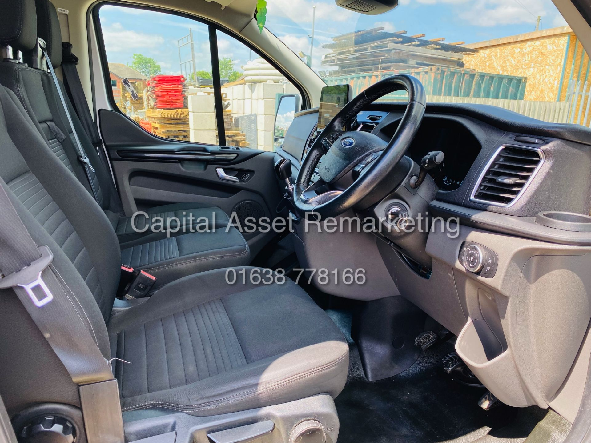 """FORD TRANSIT CUSTOM 2.0TDCI """"LIMITED"""" 300 (19 REG) AIR CON - 1 OWNER - EURO 6 - CRUISE - ELEC PACK - Image 12 of 22"""
