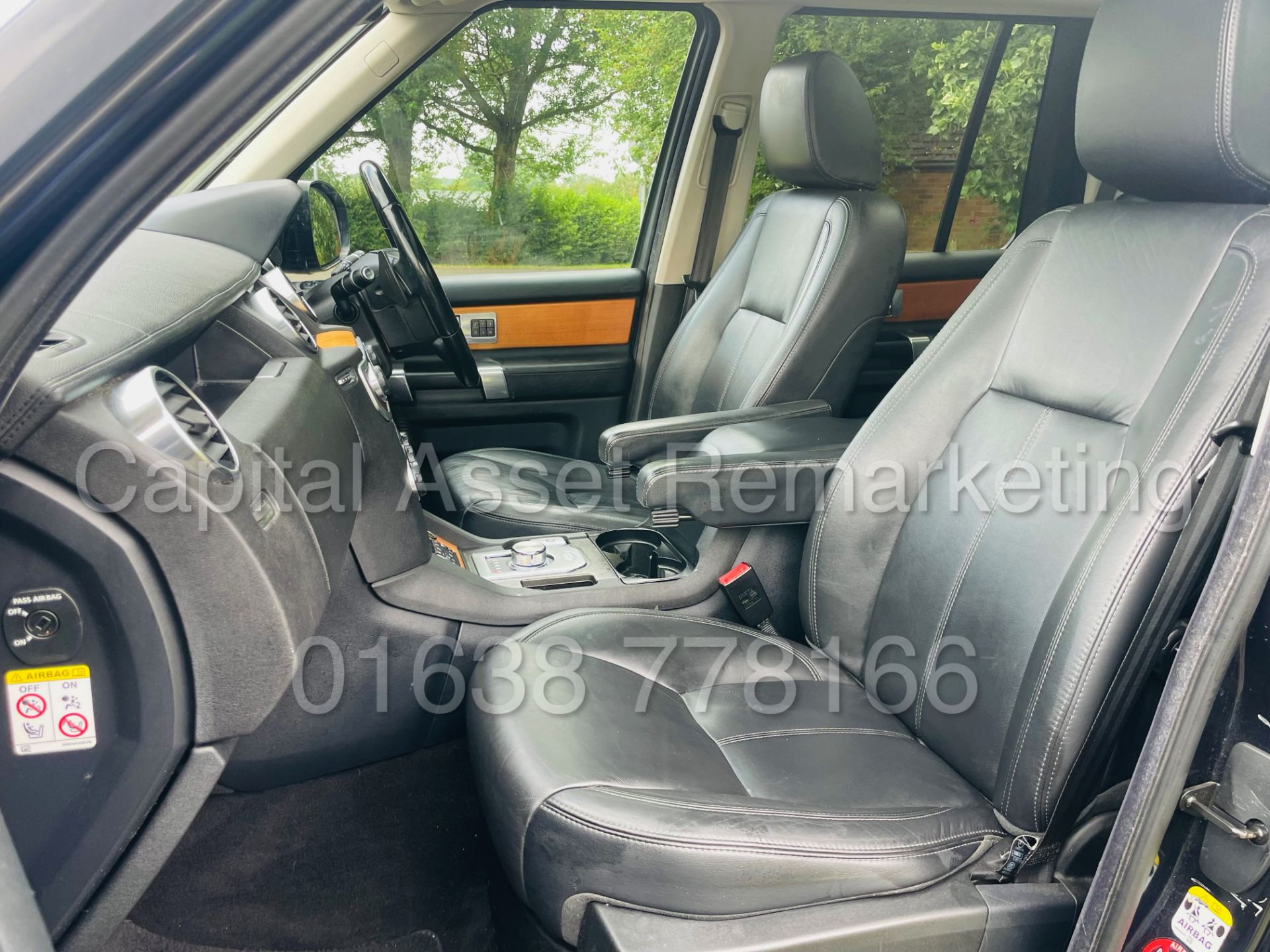 LAND ROVER DISCOVERY 4 *HSE* 7 SEATER SUV (2014 - NEW MODEL) '3.0 SDV6 - 255 BHP - 8 SPEED AUTO' - Image 26 of 61