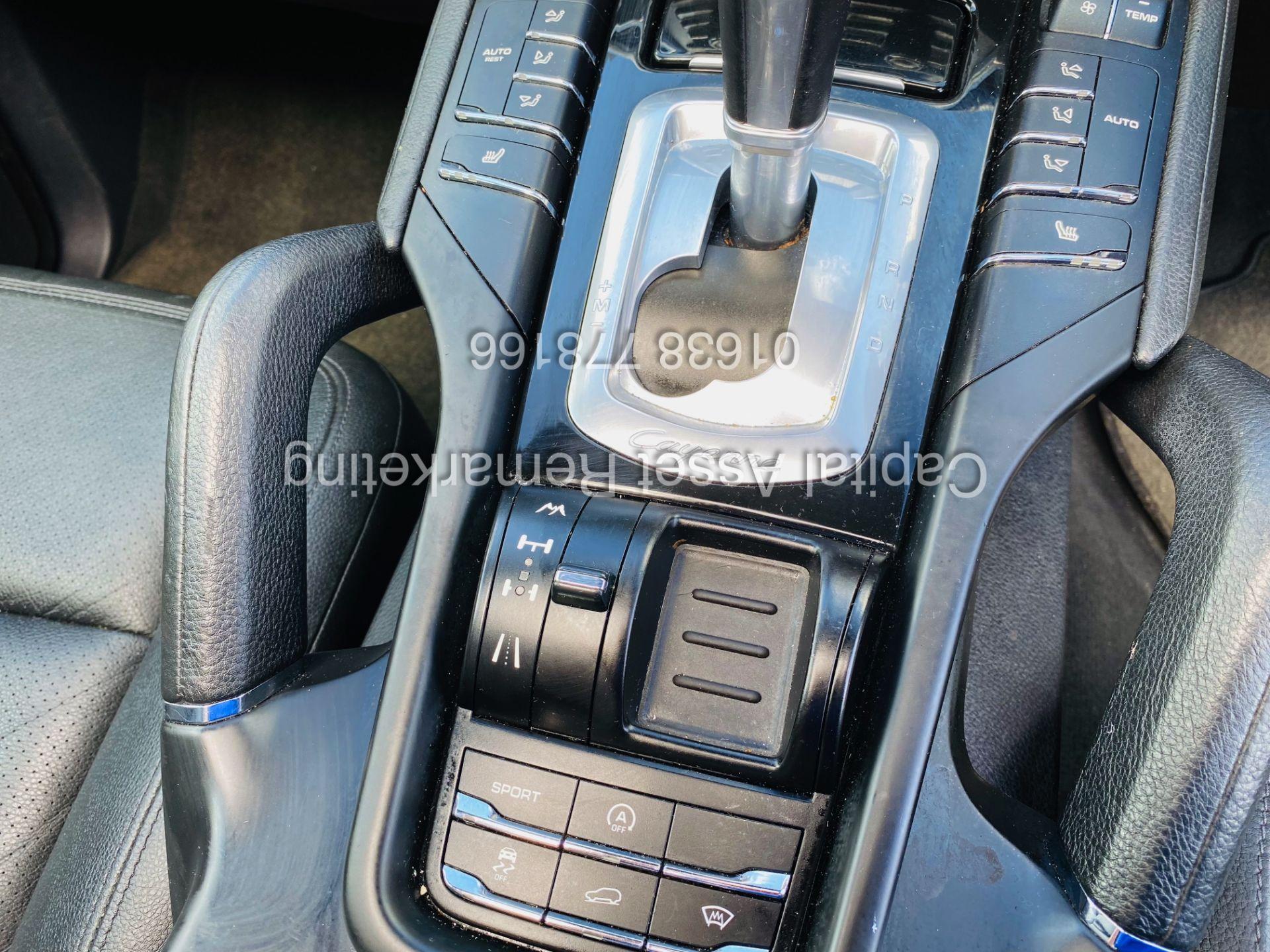 """PORSCHE CAYENNE 3.0D """"PDK AUTO"""" (NEW SHAPE) MEGA SPEC - PAN ROOF - LEATHER - FSH - WOW!! NO VAT!! - Image 19 of 38"""