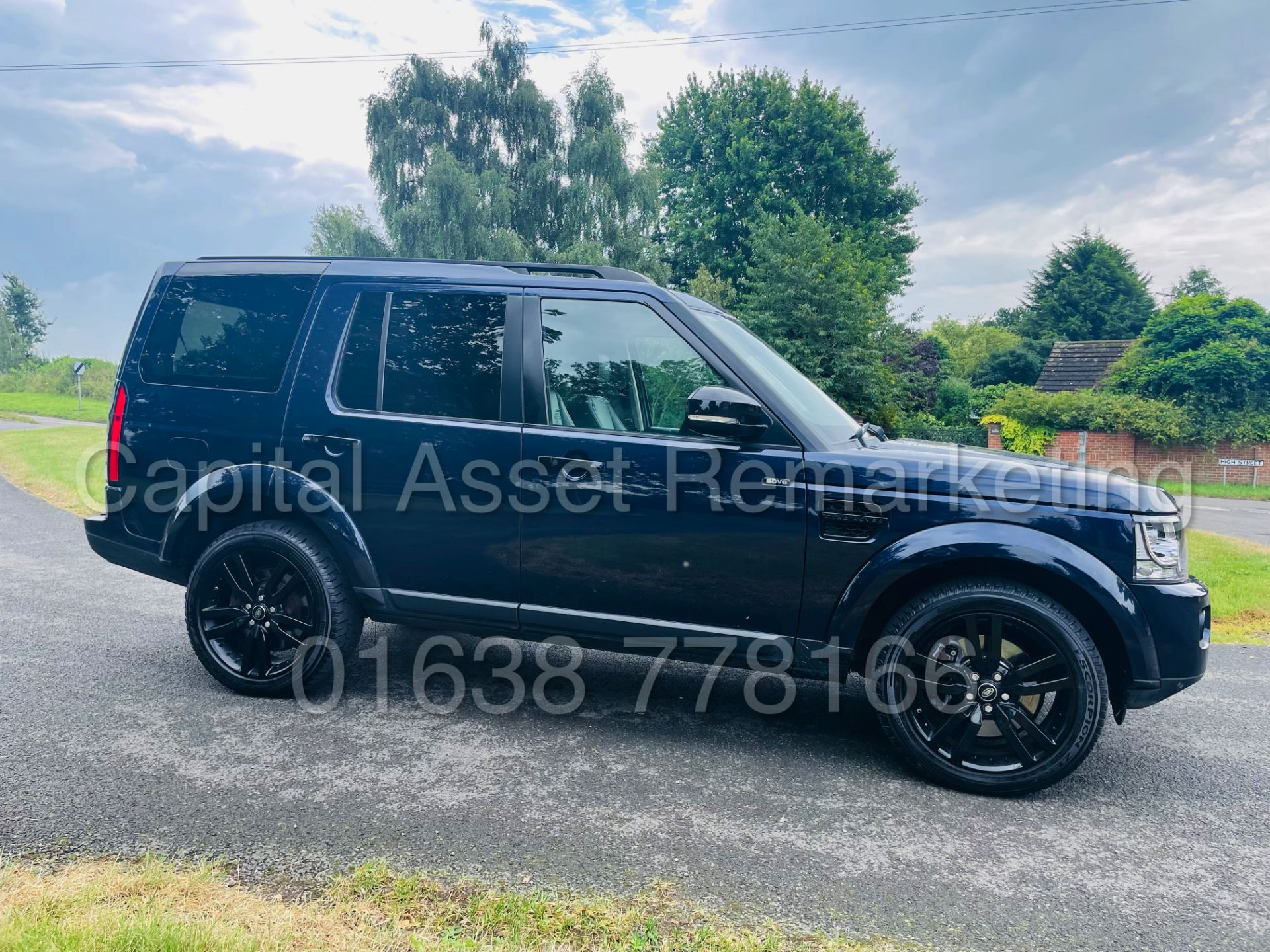 LAND ROVER DISCOVERY 4 *HSE* 7 SEATER SUV (2014 - NEW MODEL) '3.0 SDV6 - 255 BHP - 8 SPEED AUTO' - Image 10 of 61