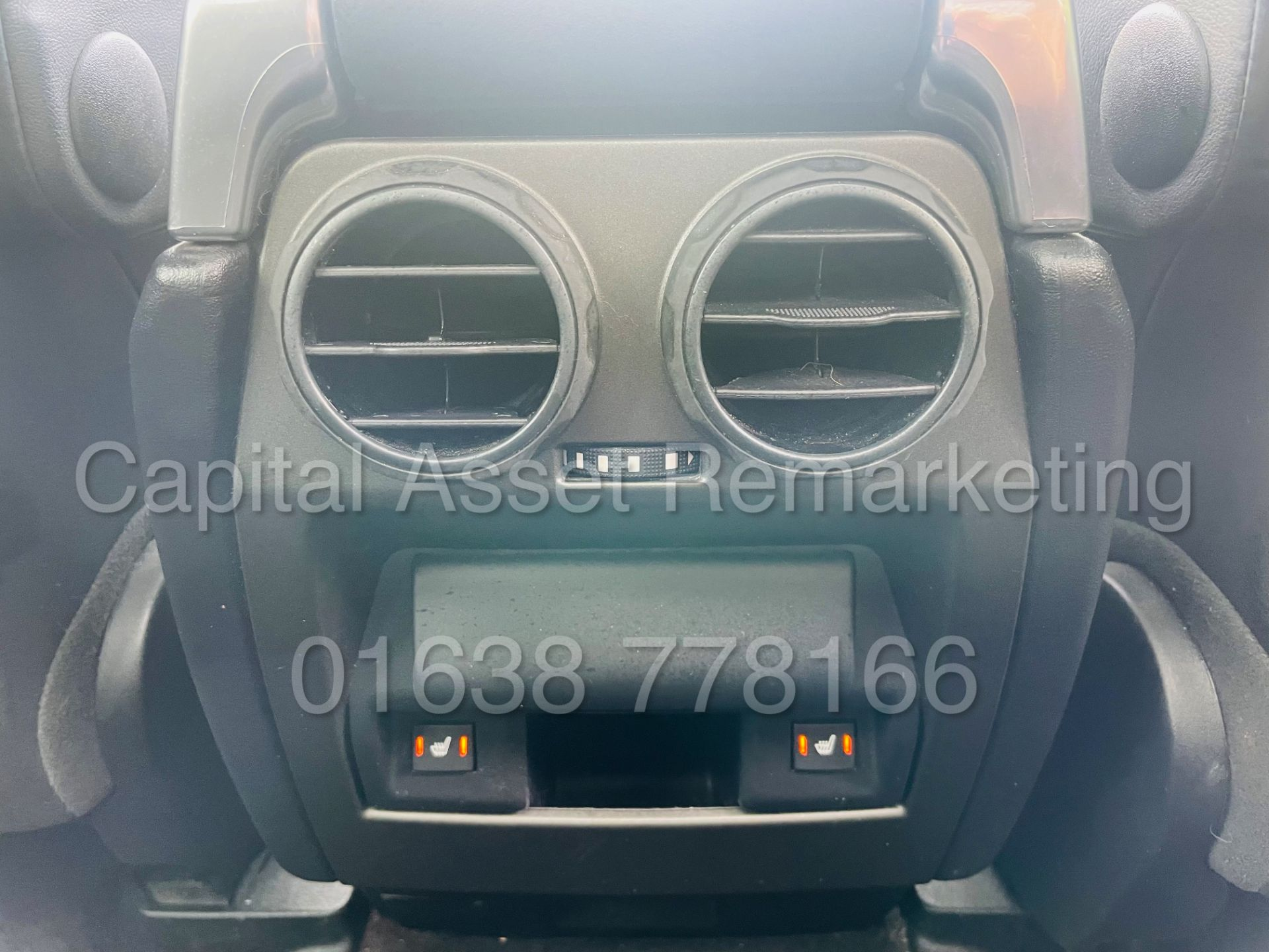 LAND ROVER DISCOVERY 4 *HSE* 7 SEATER SUV (2014 - NEW MODEL) '3.0 SDV6 - 255 BHP - 8 SPEED AUTO' - Image 37 of 61