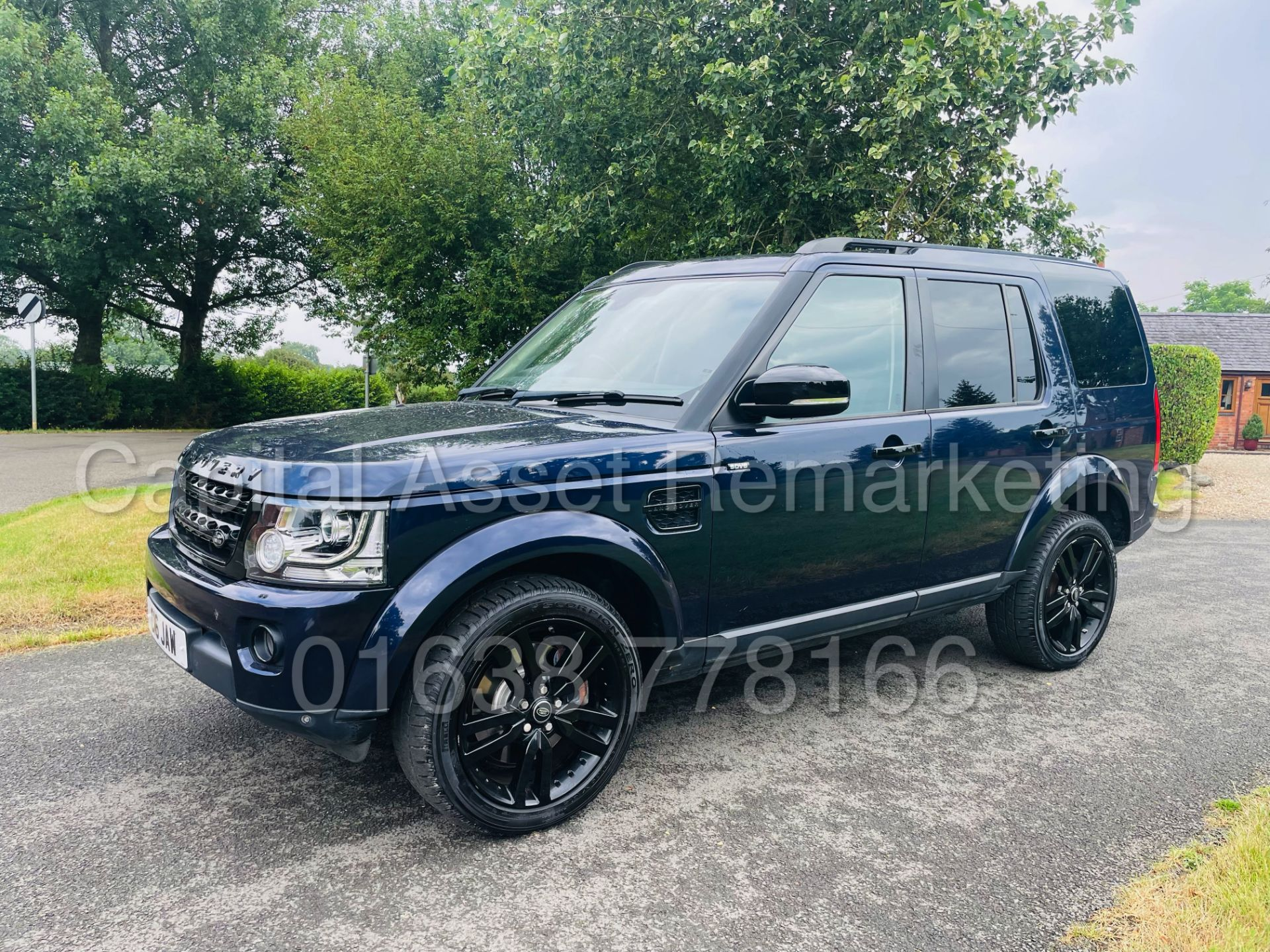 LAND ROVER DISCOVERY 4 *HSE* 7 SEATER SUV (2014 - NEW MODEL) '3.0 SDV6 - 255 BHP - 8 SPEED AUTO' - Image 3 of 61