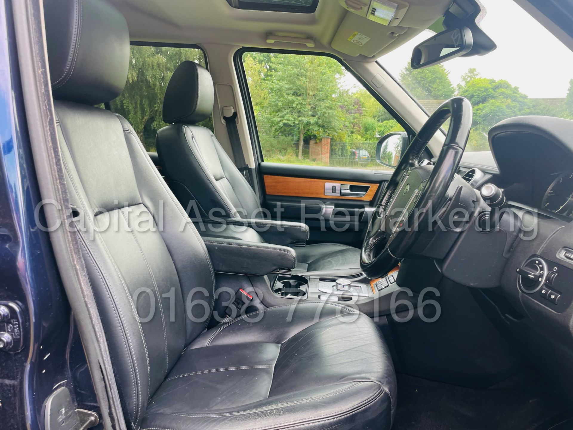 LAND ROVER DISCOVERY 4 *HSE* 7 SEATER SUV (2014 - NEW MODEL) '3.0 SDV6 - 255 BHP - 8 SPEED AUTO' - Image 43 of 61