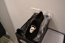 LOT: (9) Scotty Velvet Black Slippers, (1) 8, (1) 9, (1) 9.5, (2) 10, (1) 10.5, (1) 11, (1) 12