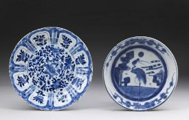 Arte Cinese  Two blue and white porcelain dishes China, Qing dynasty, early 17th century .