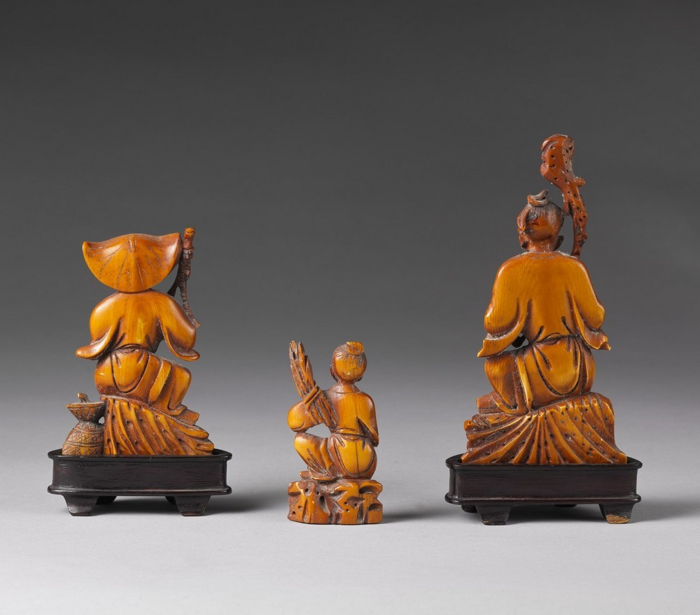 Arte Cinese A group of ivory carved figures China, early 20th century . - Image 3 of 3