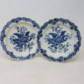 A pair of 18th century Worcester blue and white plates, crescent moon mark to base, 18 cm diameter