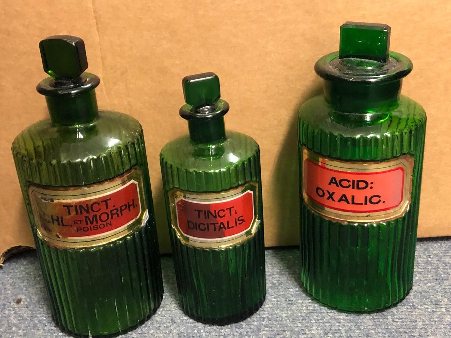 Three early 20th century green glass apothecary bottles, and other glassware (box)