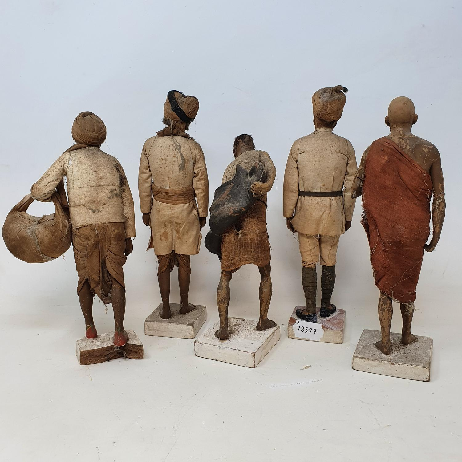 A set of five Indian composition figures, 23 cm high, and other figures (box) - Image 2 of 3