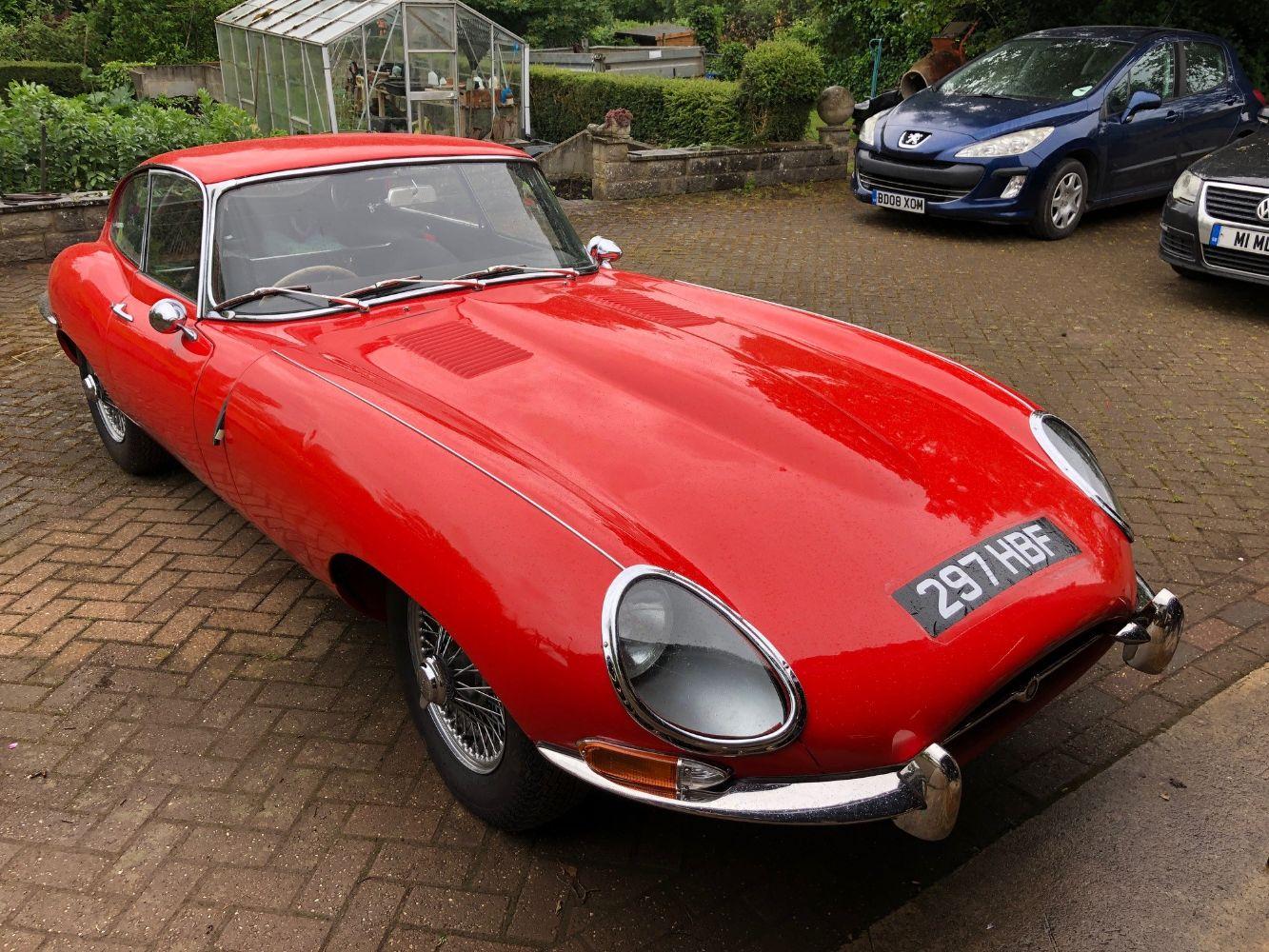 Live & Online Classic and Vintage Car Auction