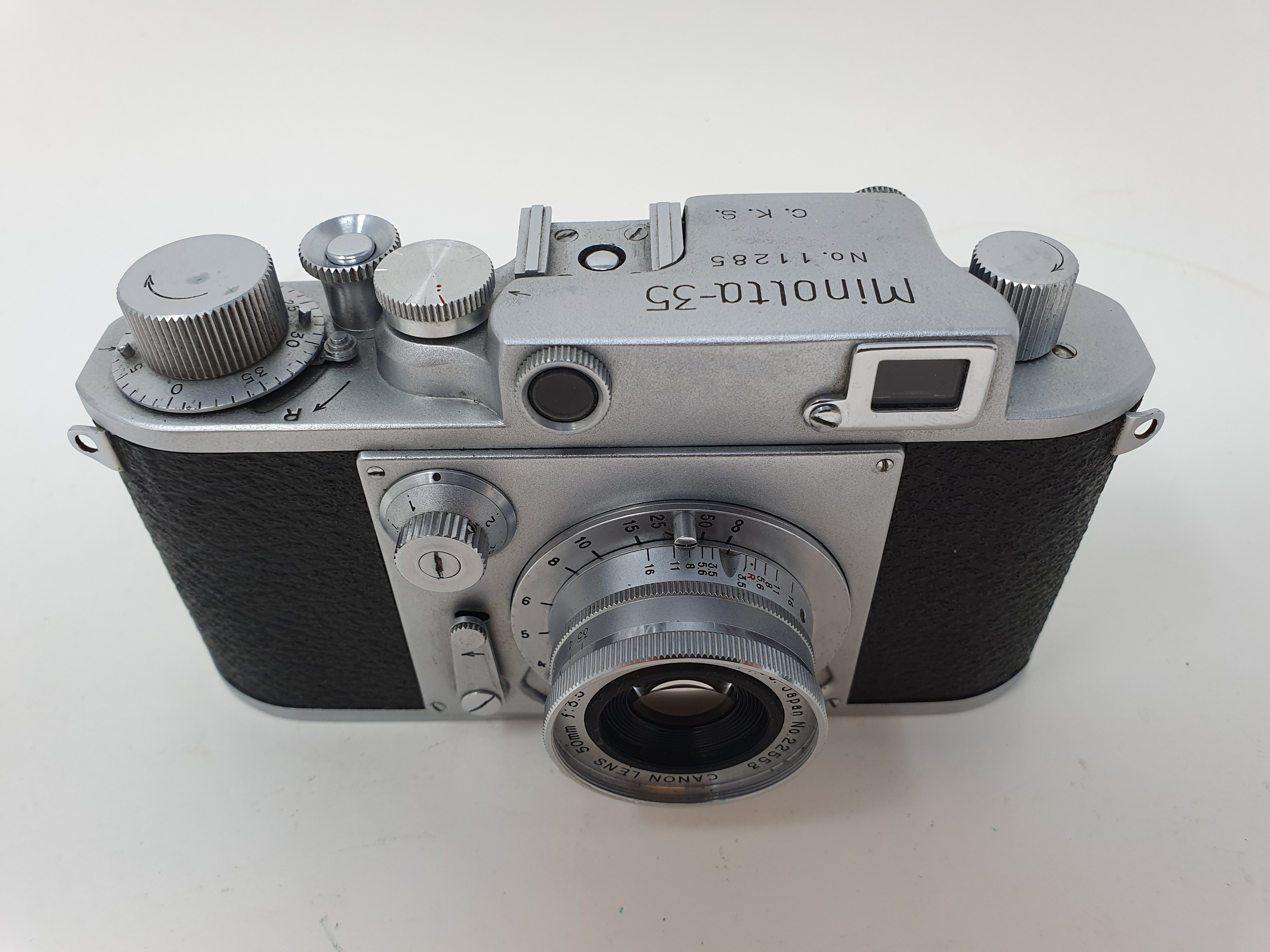 A Minolta-35, serial number 11285 Provenance: Part of a vast single owner collection of cameras, - Image 2 of 3