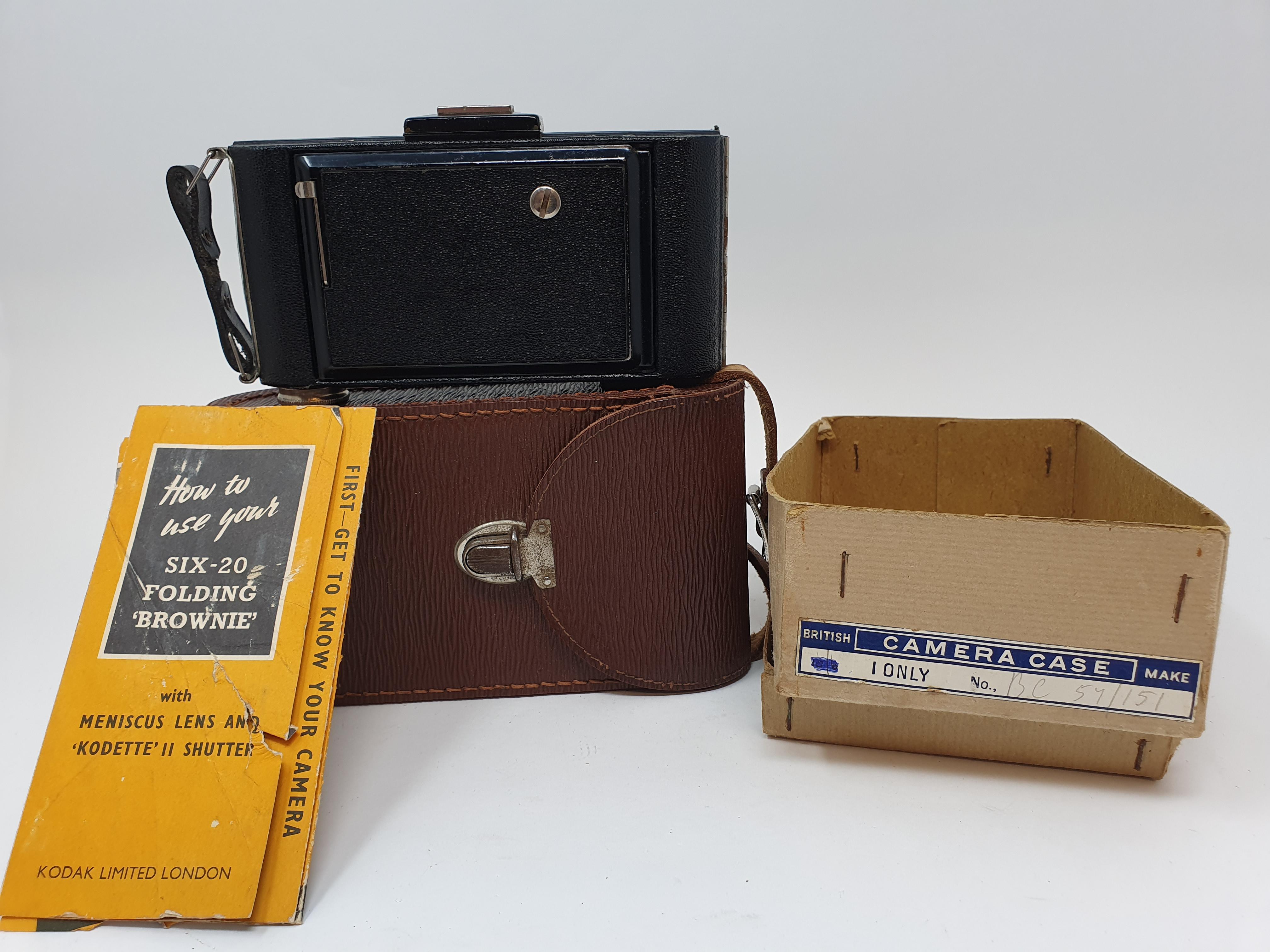 A Kodak Regent folding camera, with leather outer case, a Kodak folding camera, with leather outer - Image 5 of 6