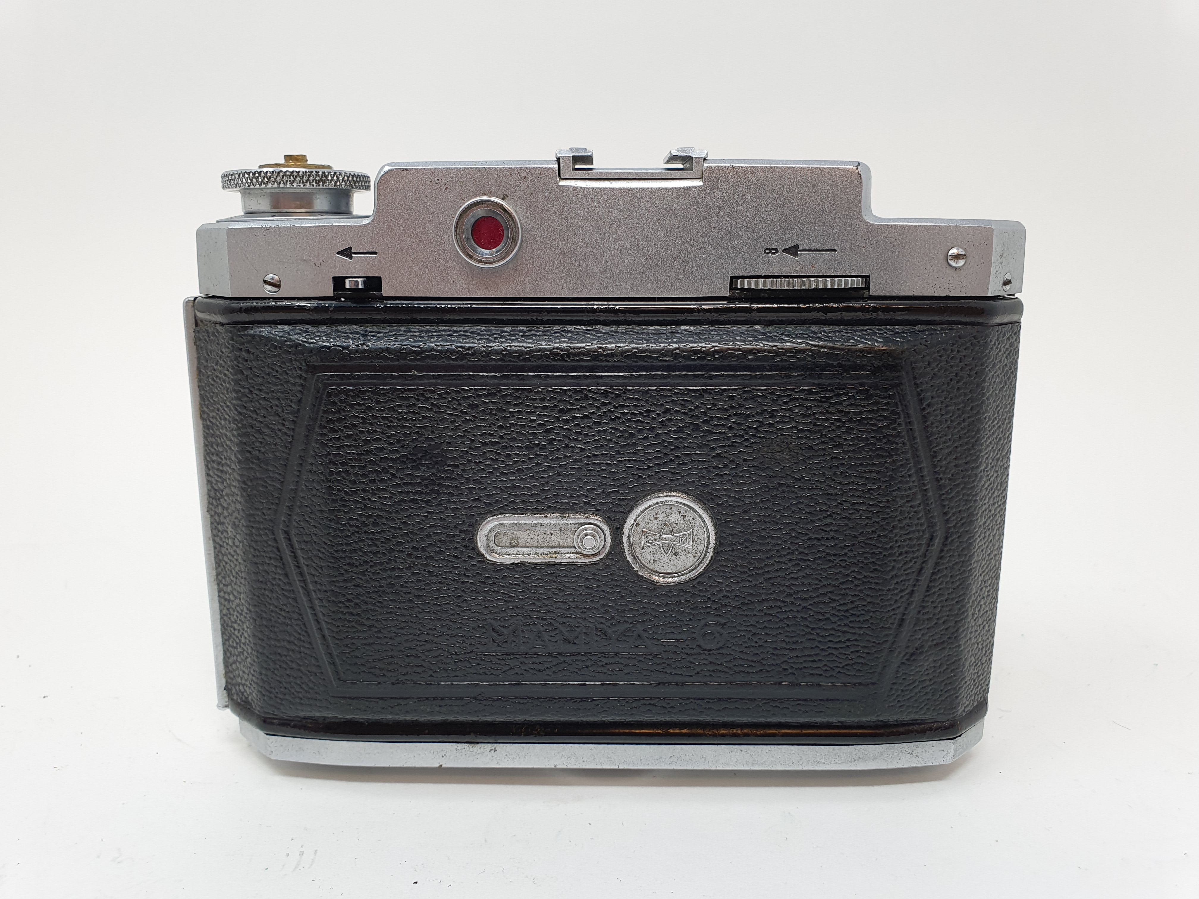 A Mamiya-6 folding camera Provenance: Part of a vast single owner collection of cameras, lenses - Image 4 of 4