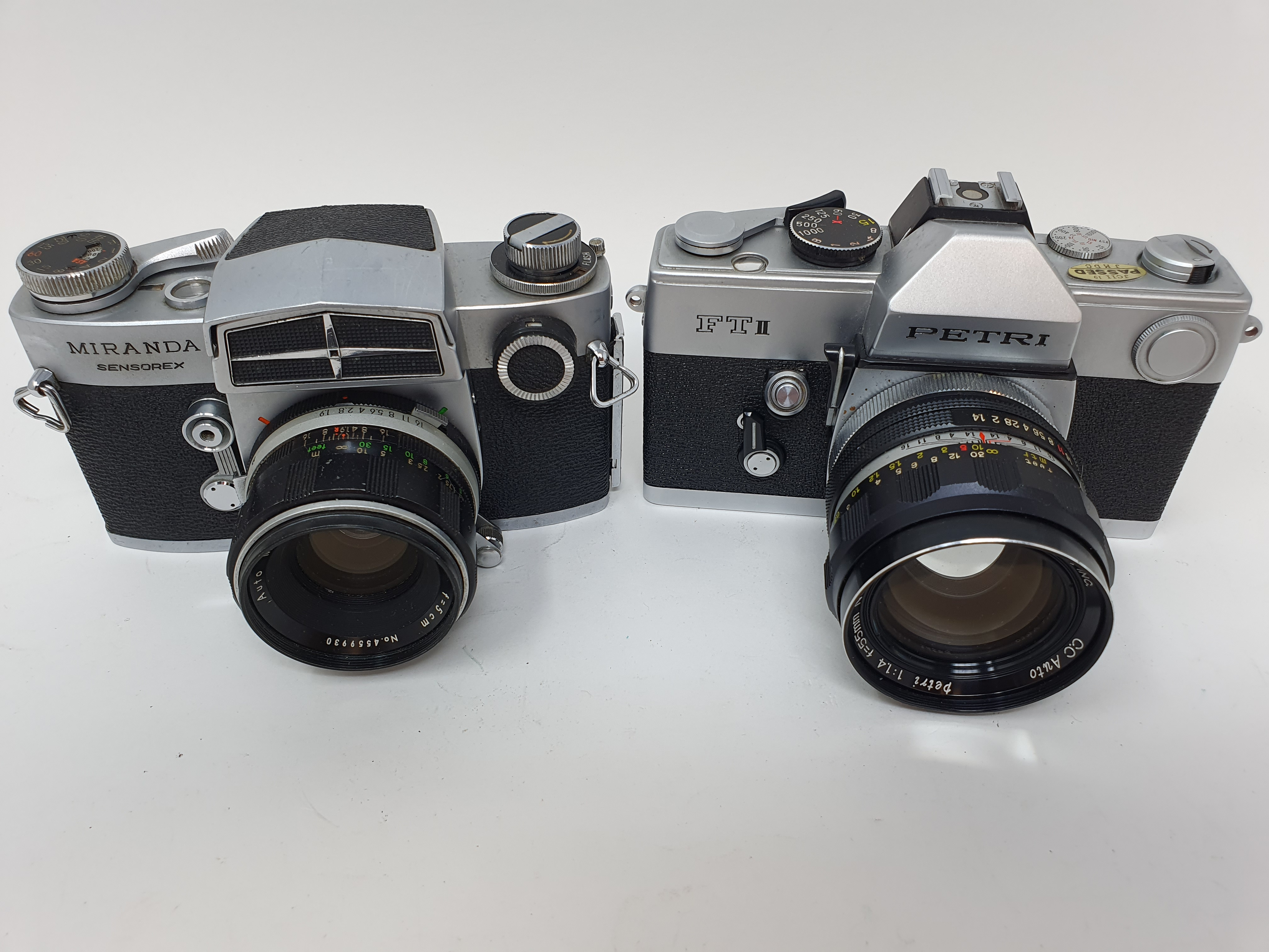 A Miranda Sensorex camera and a Petri FT II camera (2) Provenance: Part of a vast single owner - Image 2 of 4