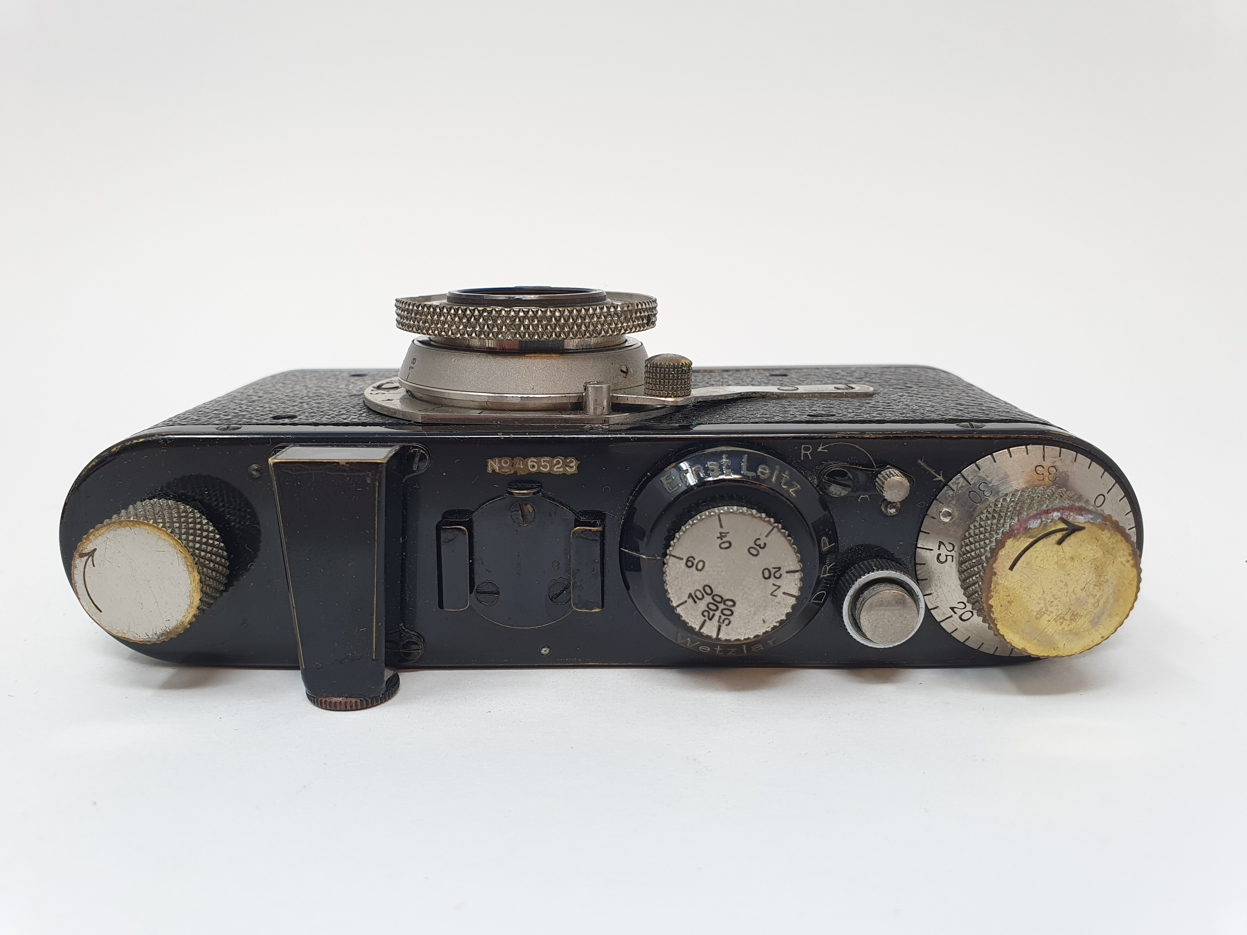 A Leica I camera, serial number 46523, with leather outer case Provenance: Part of a vast single - Image 3 of 5