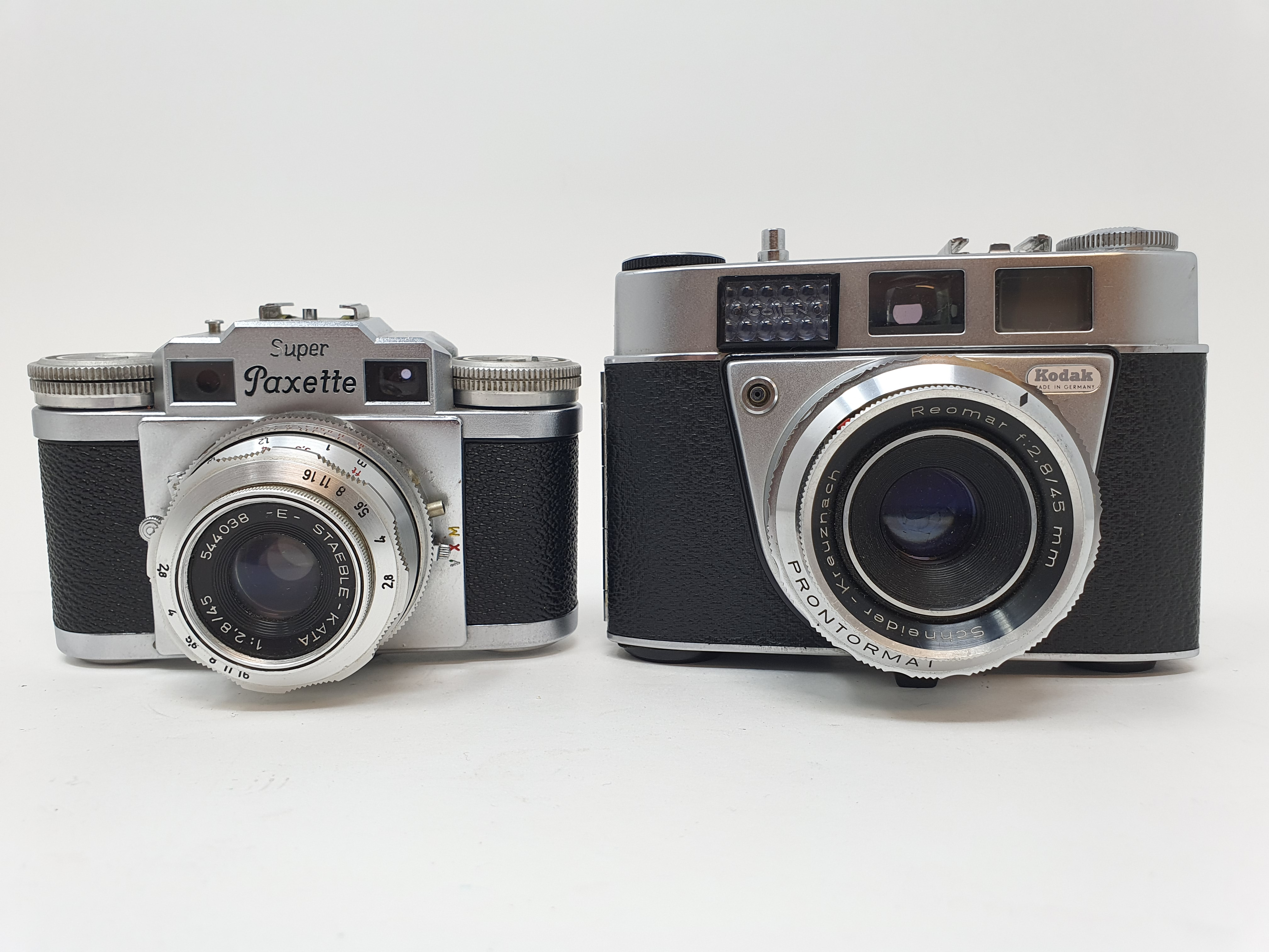 A Kodak Retinette IIA camera and a Braun Super Paxette camera (2) Provenance: Part of a vast
