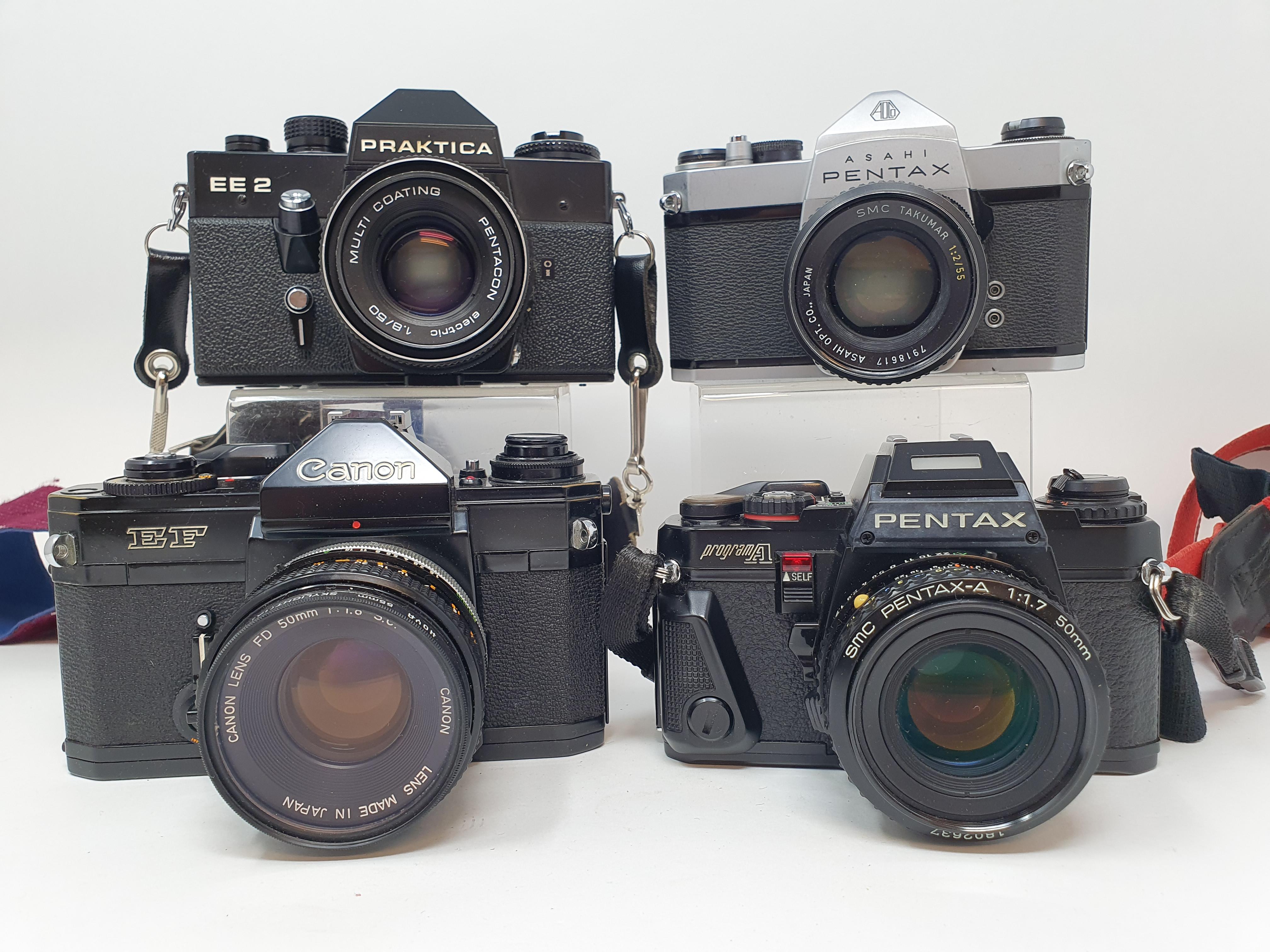 A Pentax Program A camera, Pentax SP 1000 camera, a Praktica EE 2, and a Canon EF camera (4) - Image 2 of 4