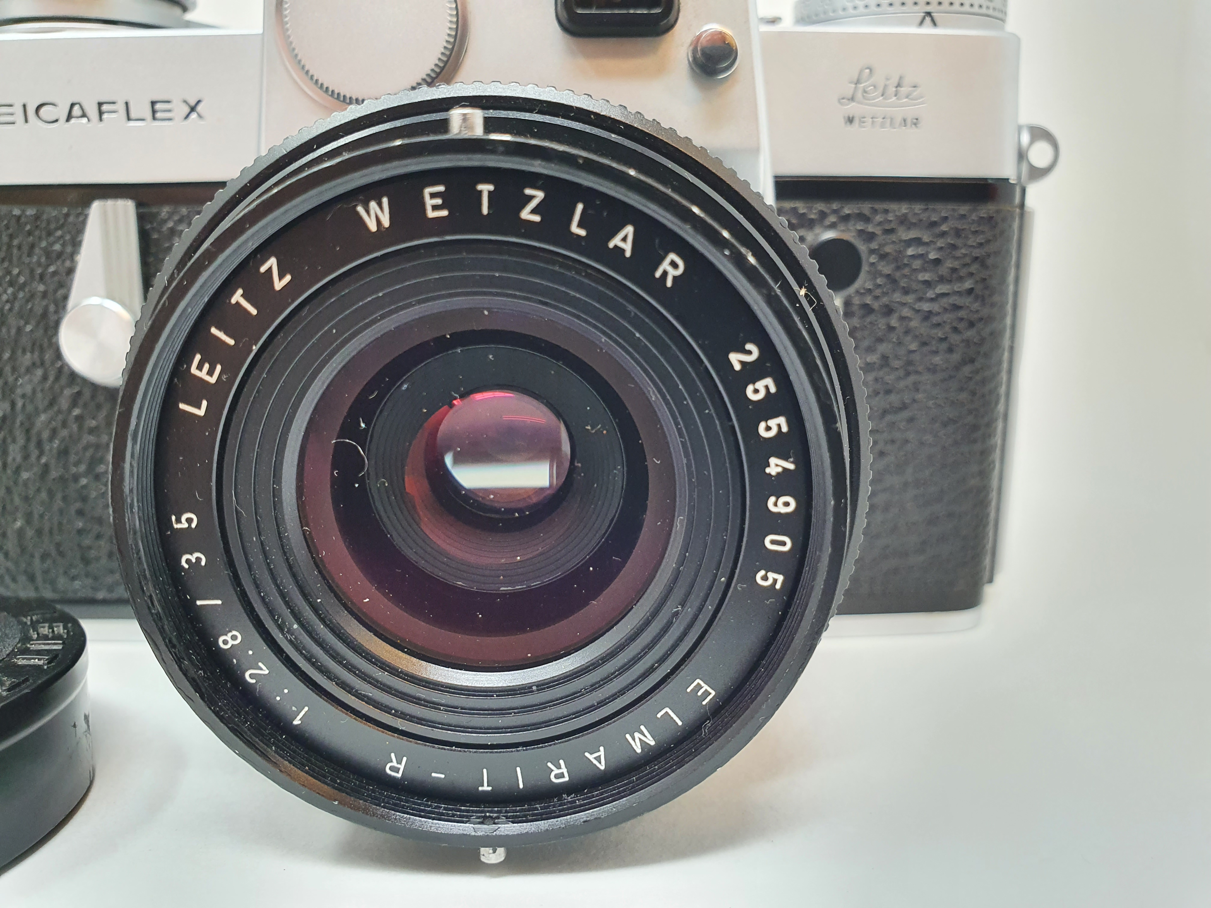 A Leica Leicaflex camera, serial number 1115659, with leather outer case Provenance: Part of a - Image 2 of 5