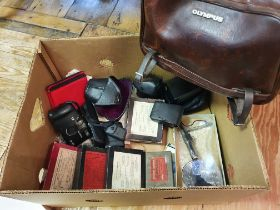An Ilford Special Rapid Plates, boxed, and various assorted photography items (box) Provenance: Part