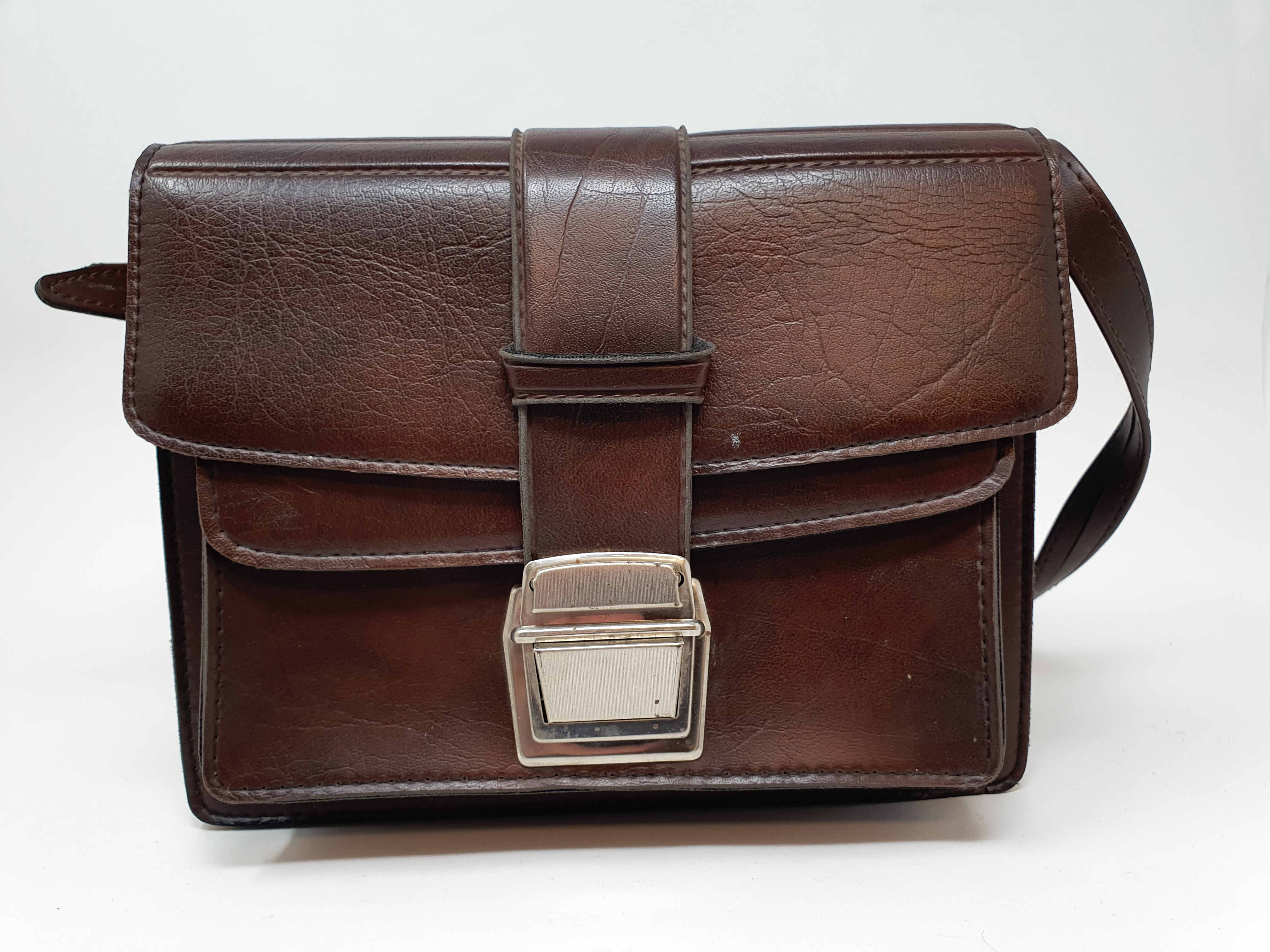 A Reid & Sigrist ltd camera, serial number P2750, with leather outer case, lens, and accessories - Image 7 of 7