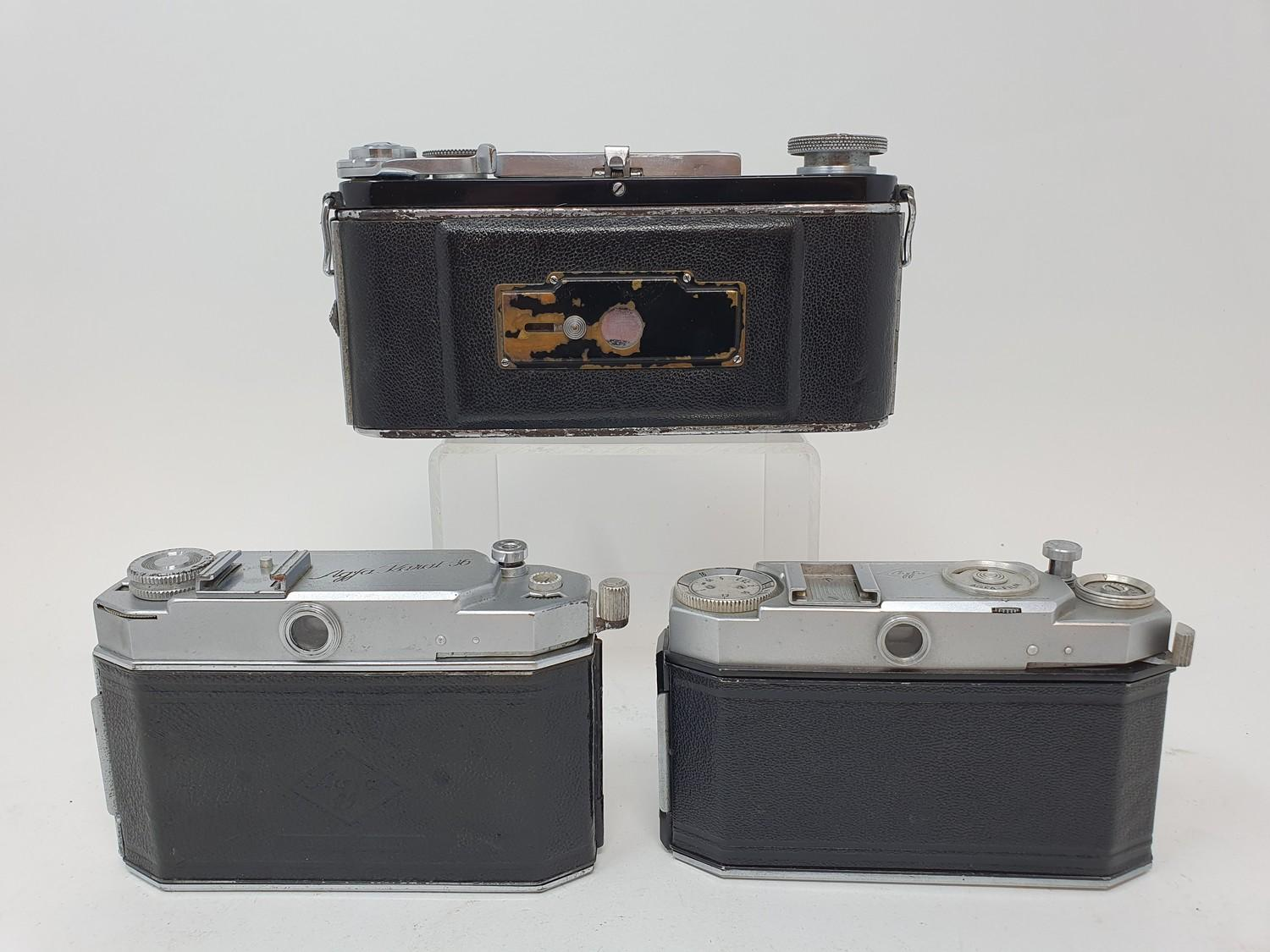An Exakta camera, Agfa Karat 36 camera and an Agfa camera (3) Provenance: Part of a vast single - Image 6 of 6