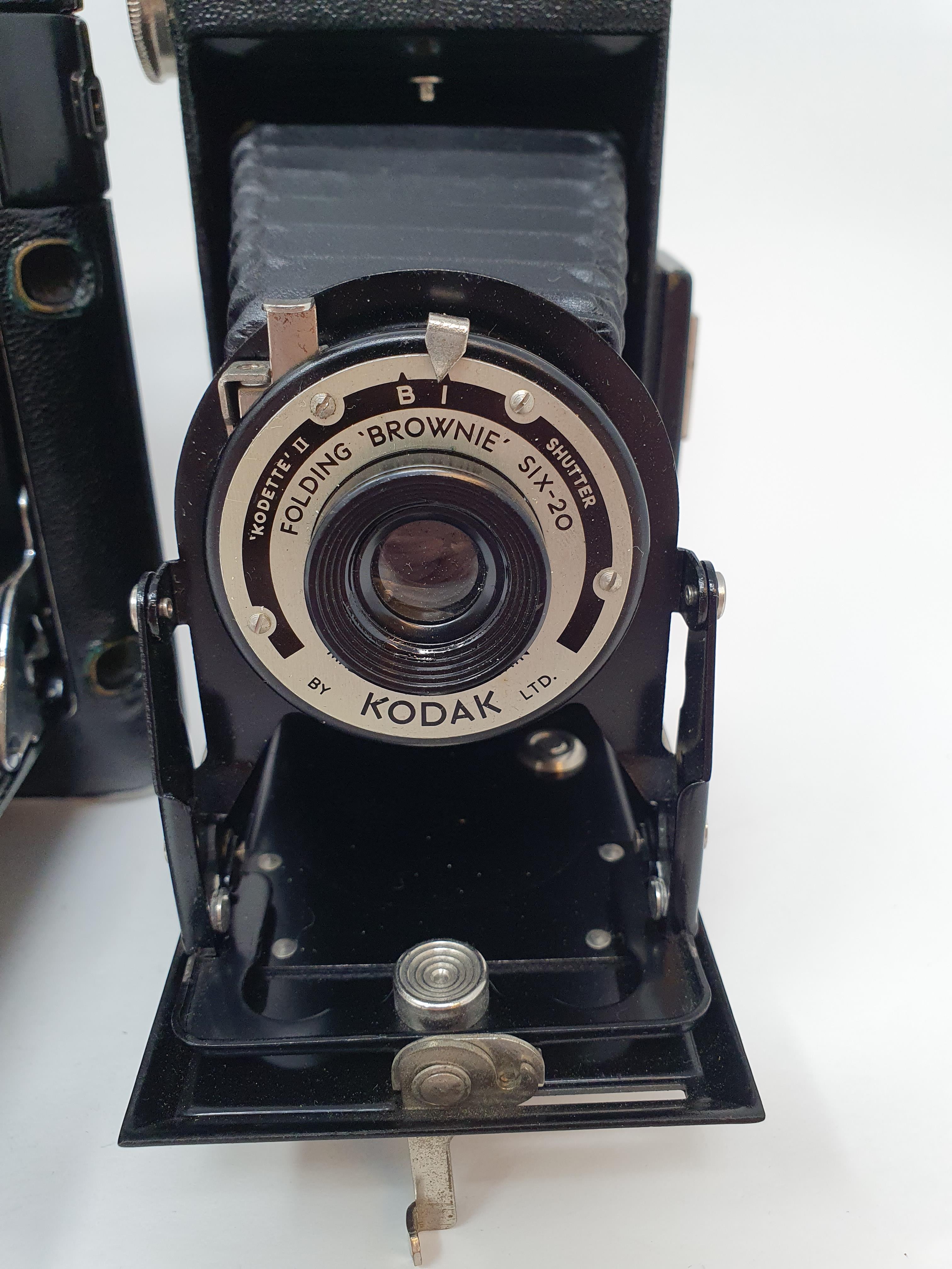 A Kodak Regent folding camera, with leather outer case, a Kodak folding camera, with leather outer - Image 4 of 6