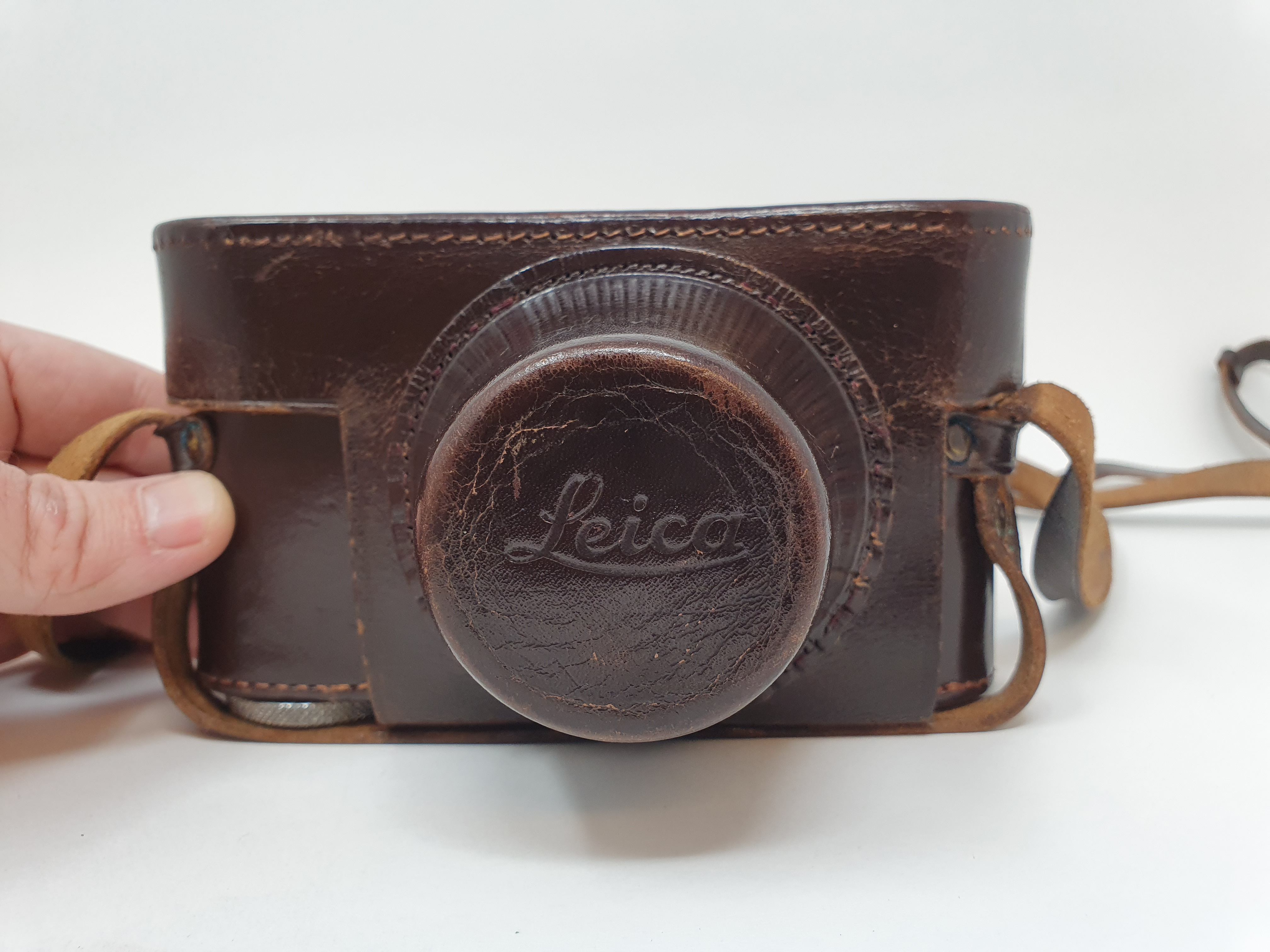 A Leica IIIf camera, serial number 566317, with leather outer case Provenance: Part of a vast single - Image 4 of 4