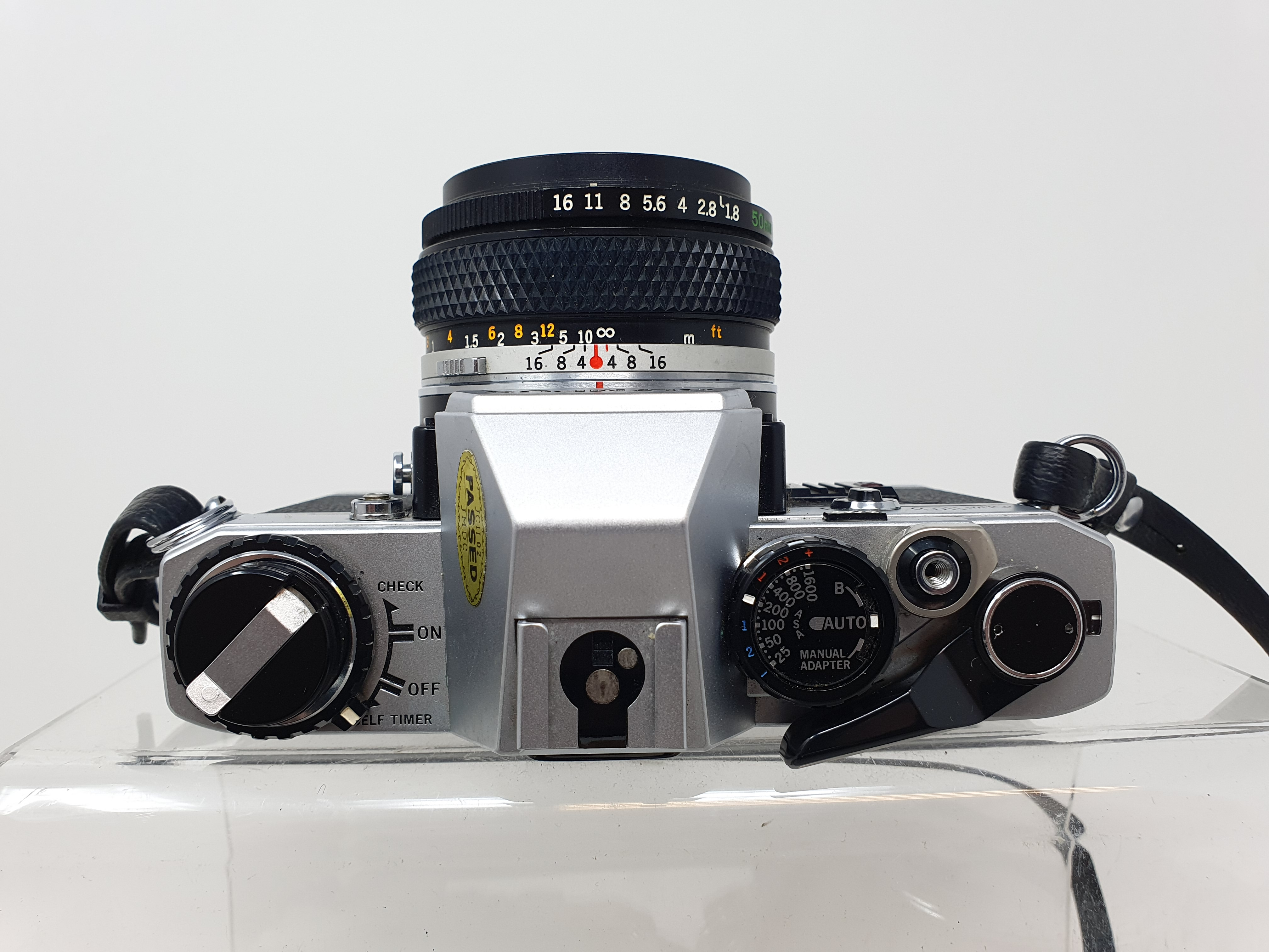 An Olympus OM-10 camera, two other OM-10s an Olympus OM-20 and an Olympus OM-1 (5) Provenance: - Image 3 of 4