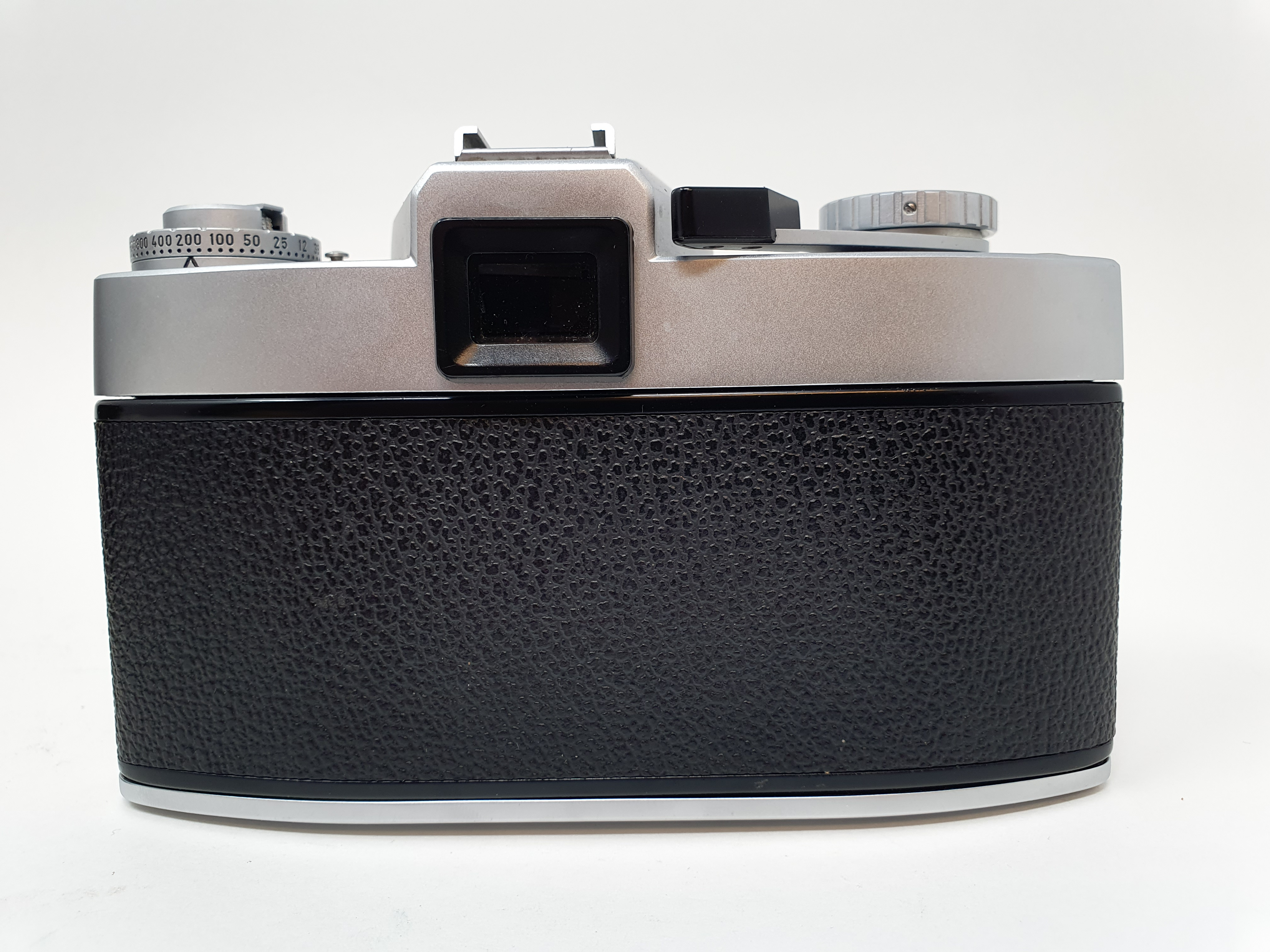 A Leica Leicaflex camera, serial number 1115659, with leather outer case Provenance: Part of a - Image 4 of 5