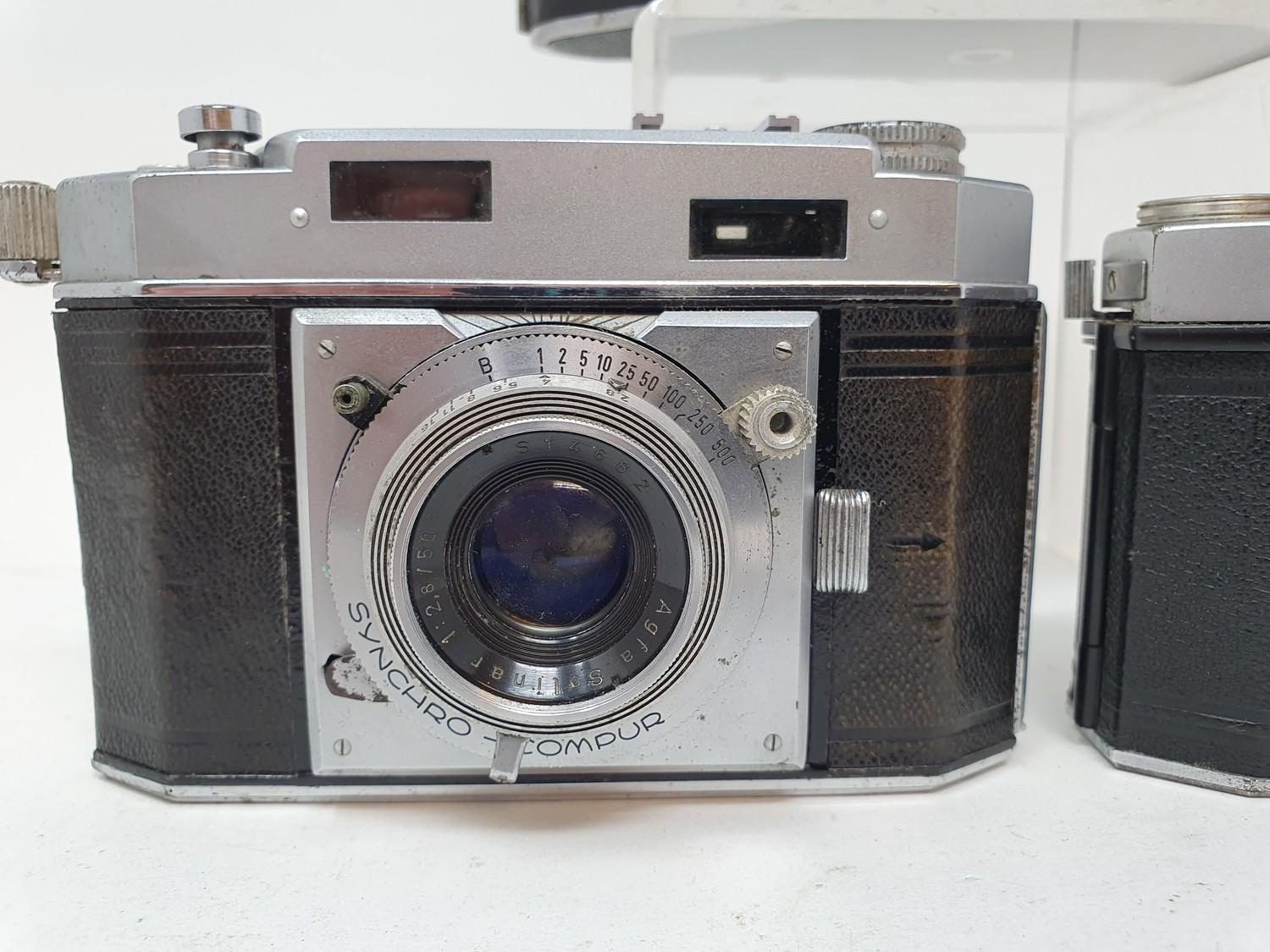 An Exakta camera, Agfa Karat 36 camera and an Agfa camera (3) Provenance: Part of a vast single - Image 2 of 6