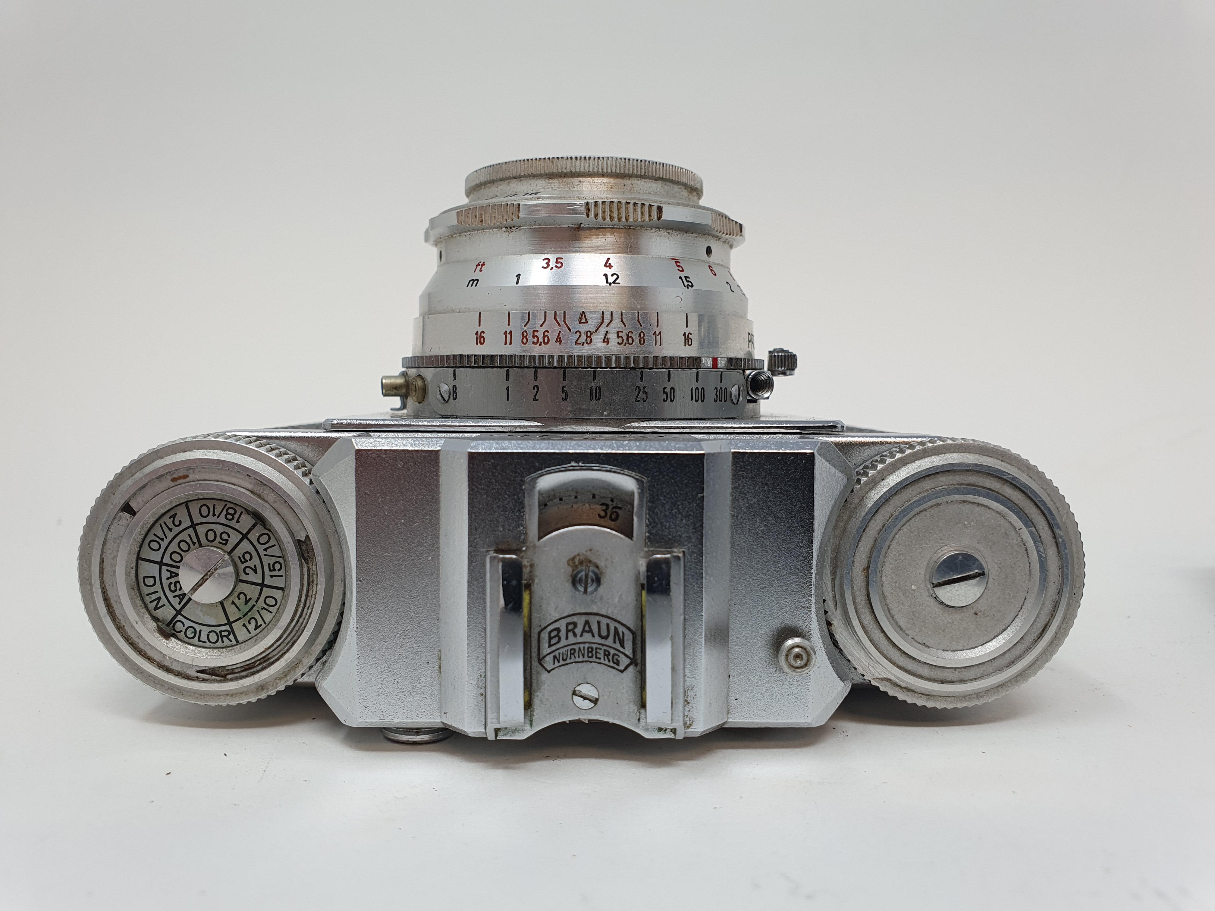 A Kodak Retinette IIA camera and a Braun Super Paxette camera (2) Provenance: Part of a vast - Image 3 of 4