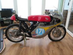 Honda CB 350 K4 Prepared as a race bike and developed over a period of 20 years One of the