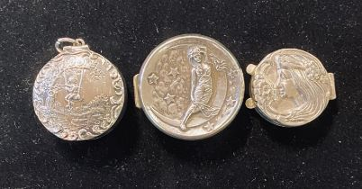 Three silver pill boxes, with emboss decoration Modern