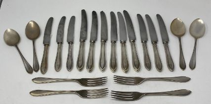 A silver part table service of cutlery, Sheffield 1996, 51.1 ozt (weighable silver)