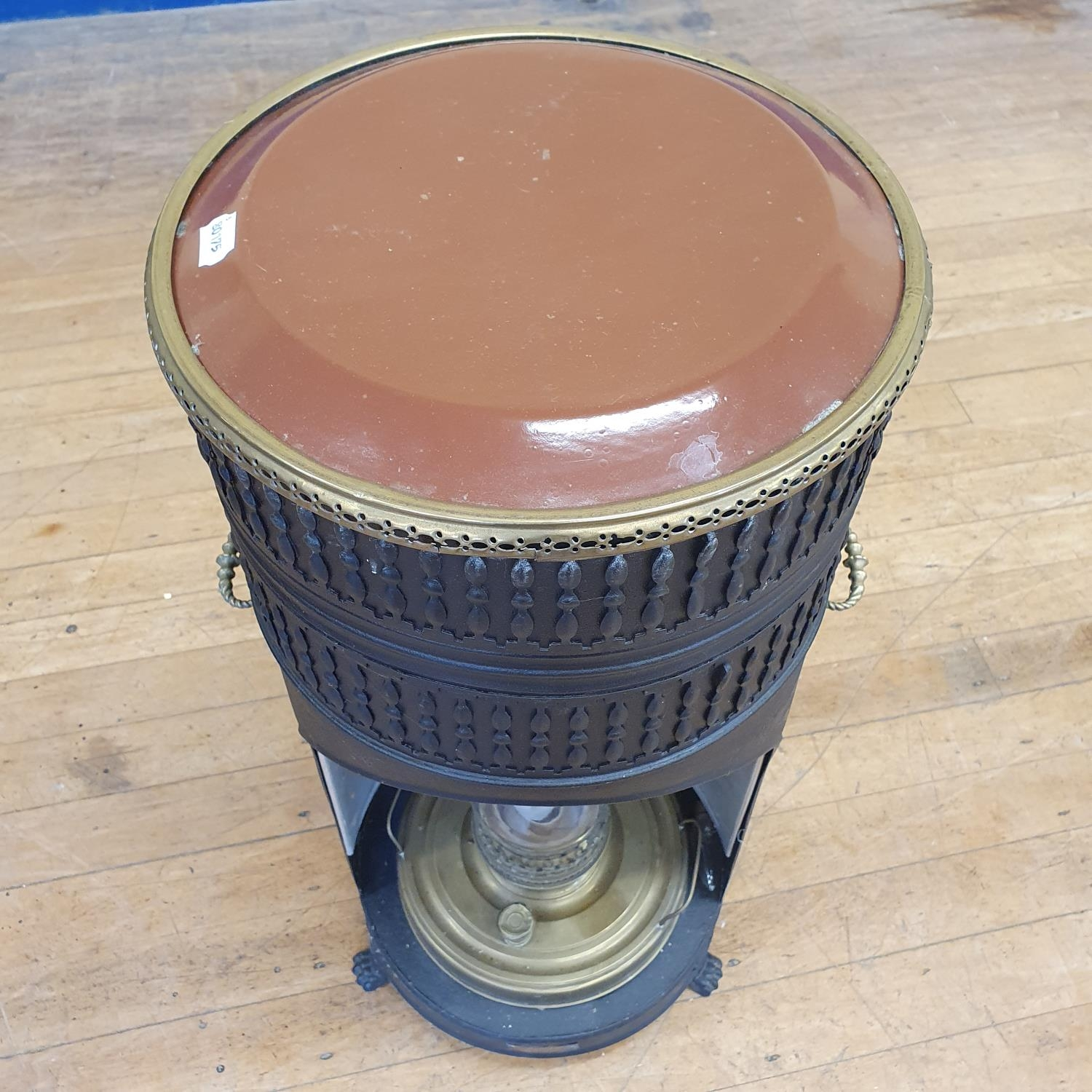 A metal conservatory heater, converted to electricity, 85 cm high - Image 4 of 4
