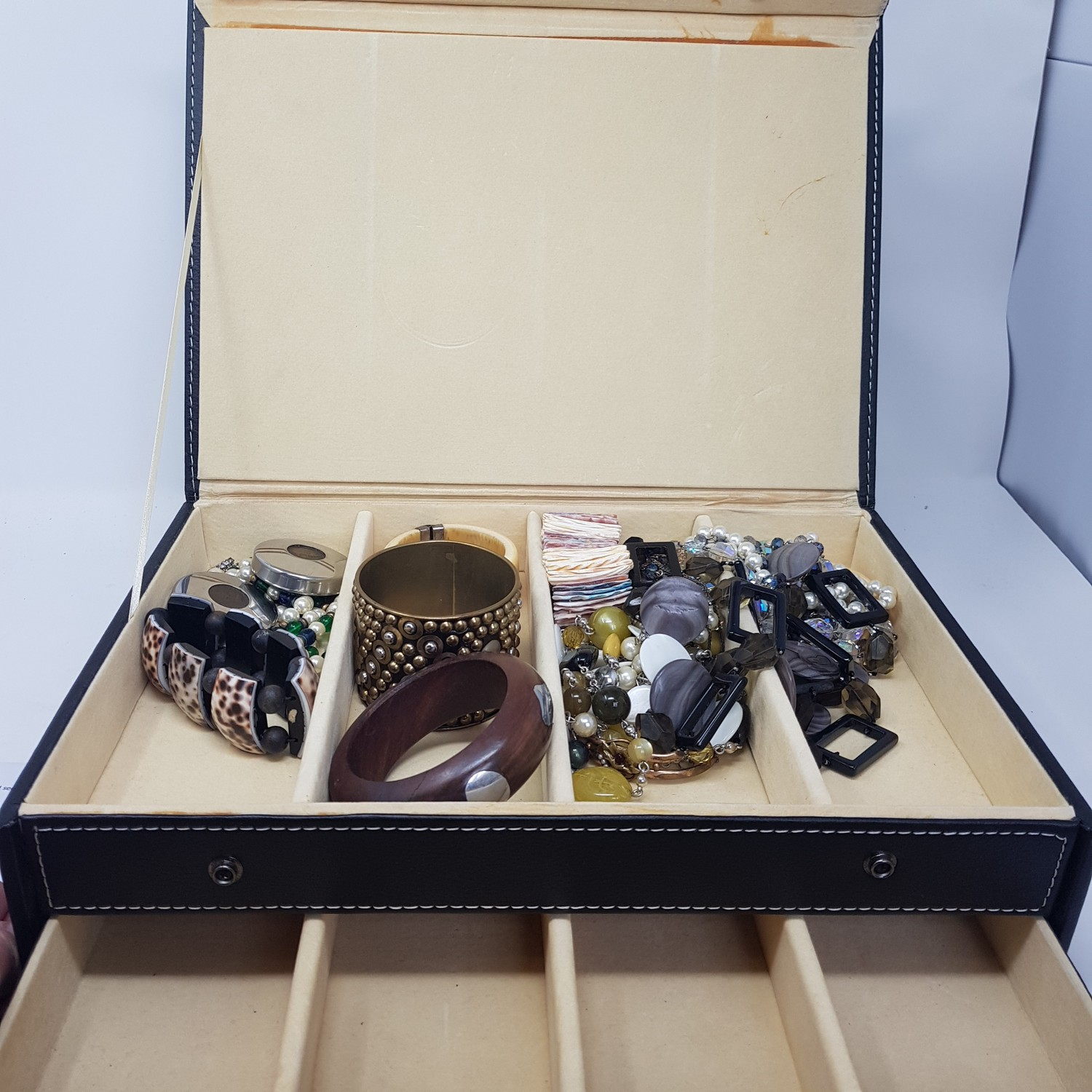 Various costume jewellery, and a modern jewellery box - Image 2 of 2